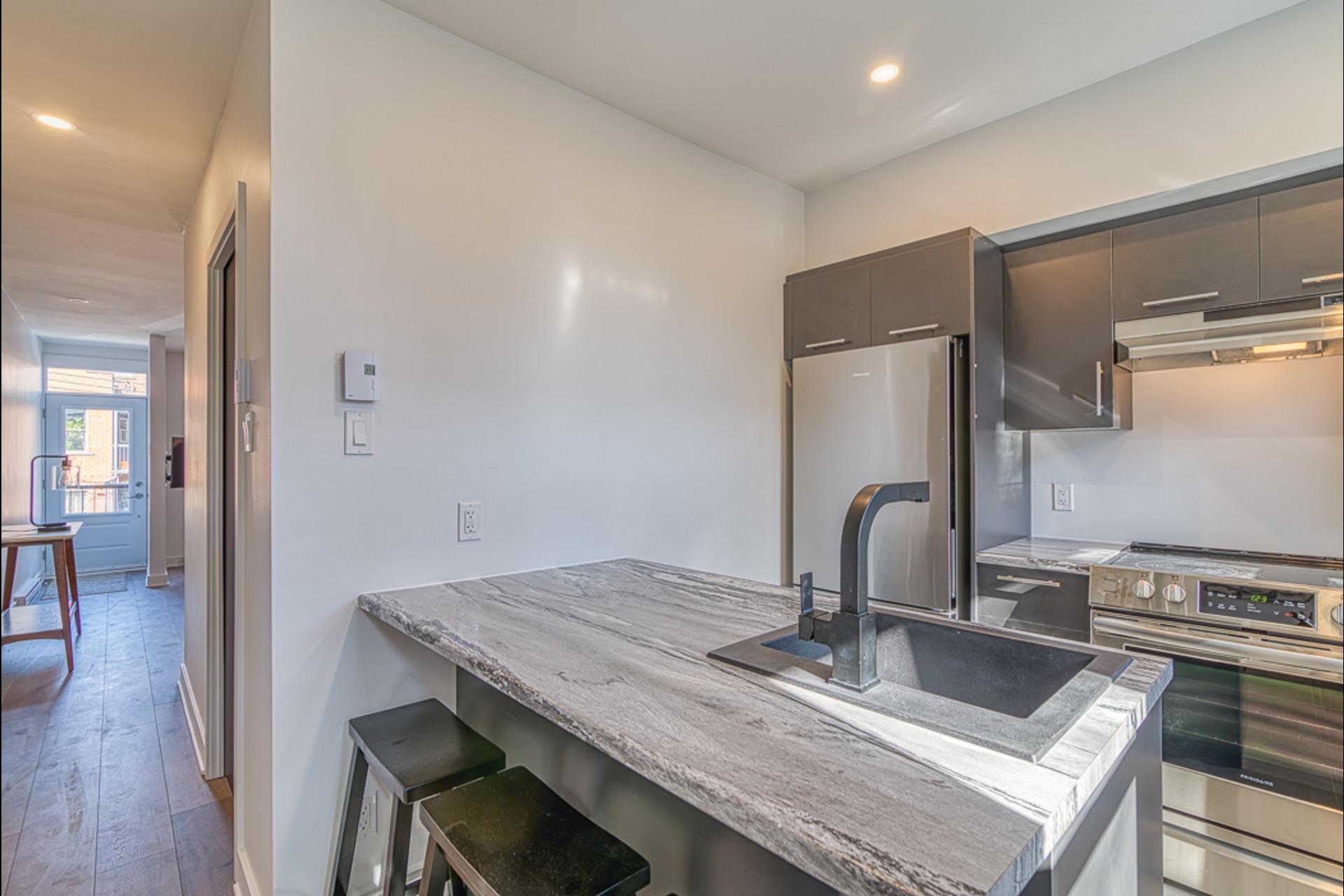 image 10 - Departamento Para alquiler Montréal - 2 habitaciones