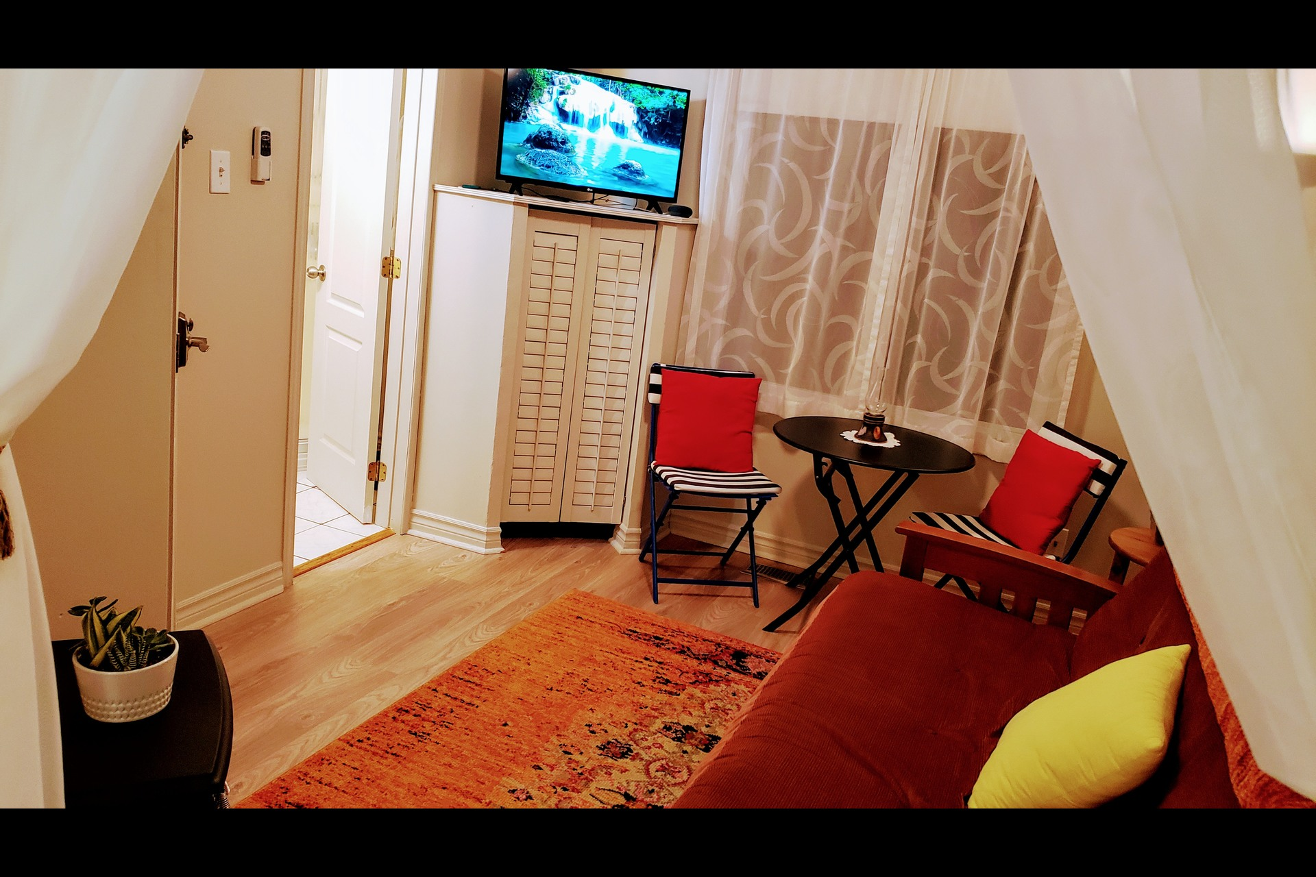 image 6 - Waterfront Short rental Gatineau District des Riverains - 1 room