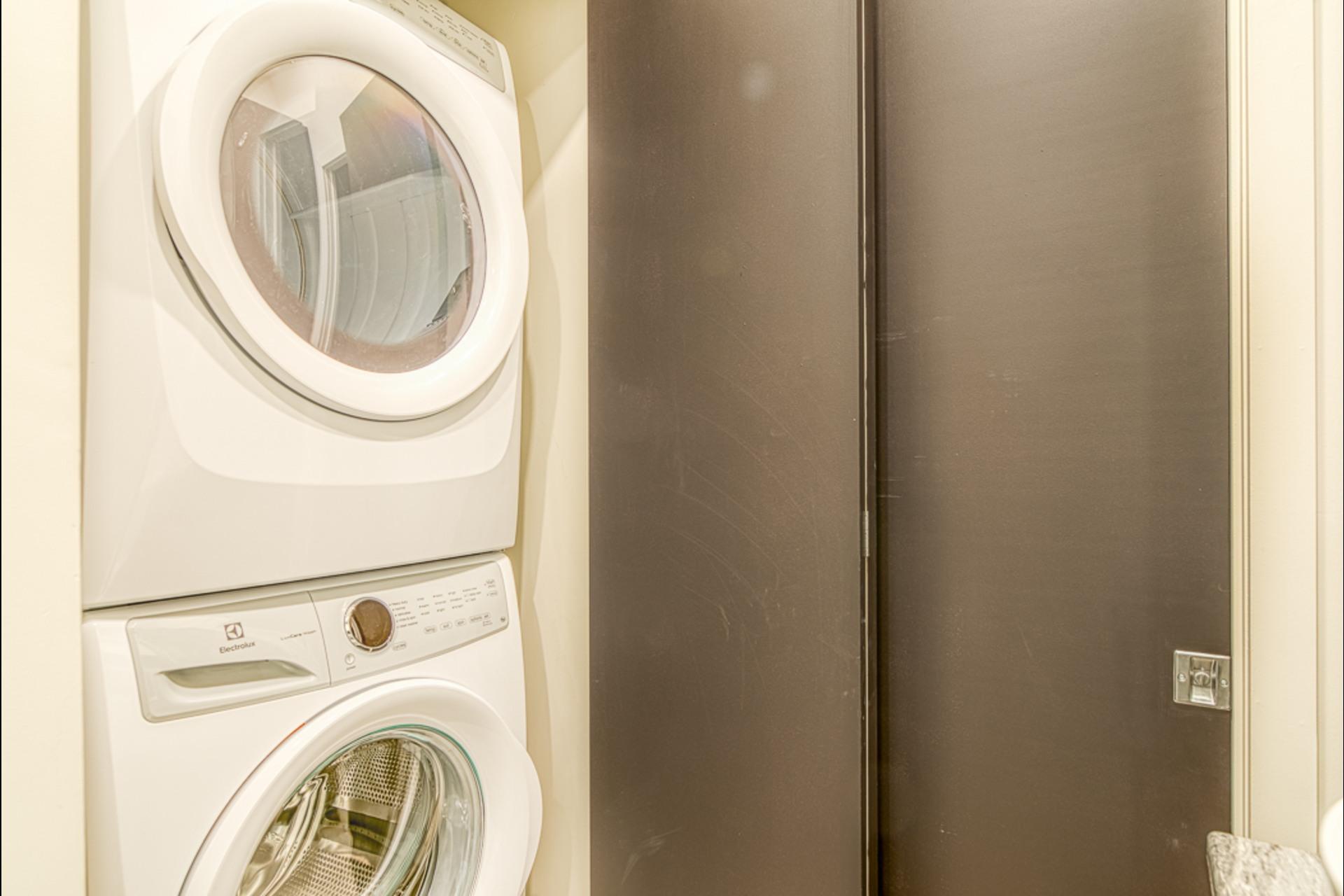 image 10 - Furnished Appartement For rent Montréal - 3 rooms