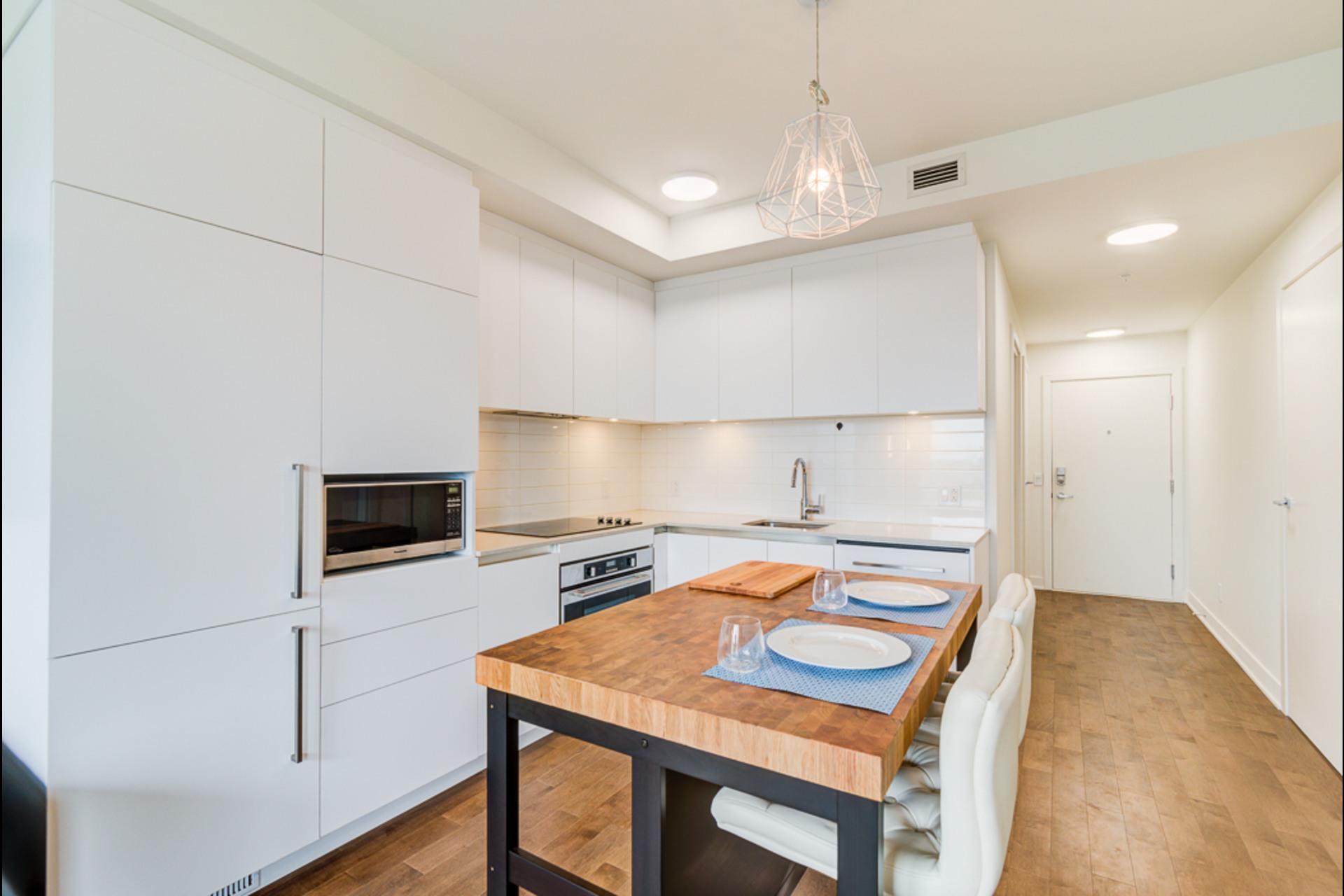 image 16 - Condo For rent Montréal - 4 rooms