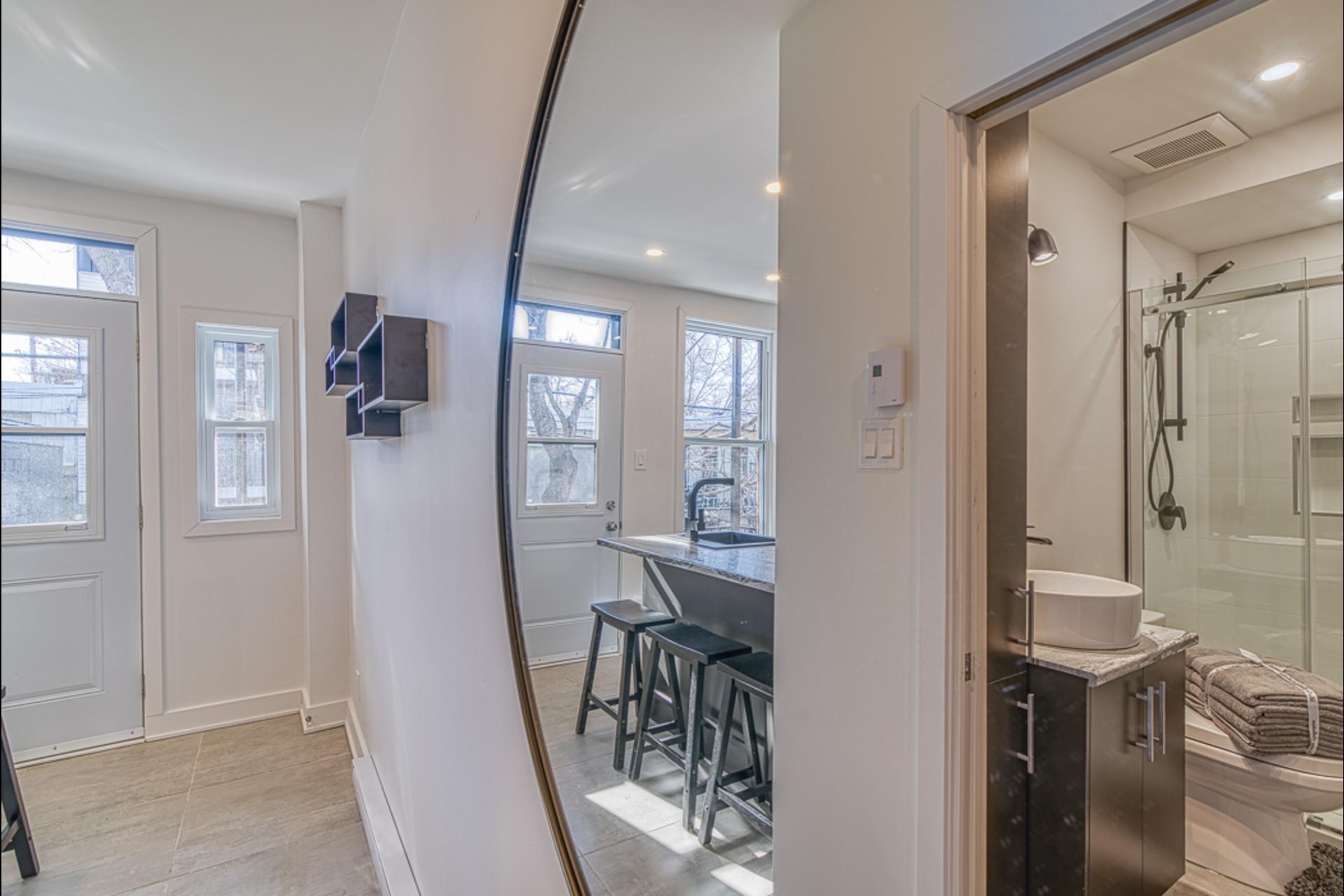 image 5 - Departamento Para alquiler Montréal - 2 habitaciones