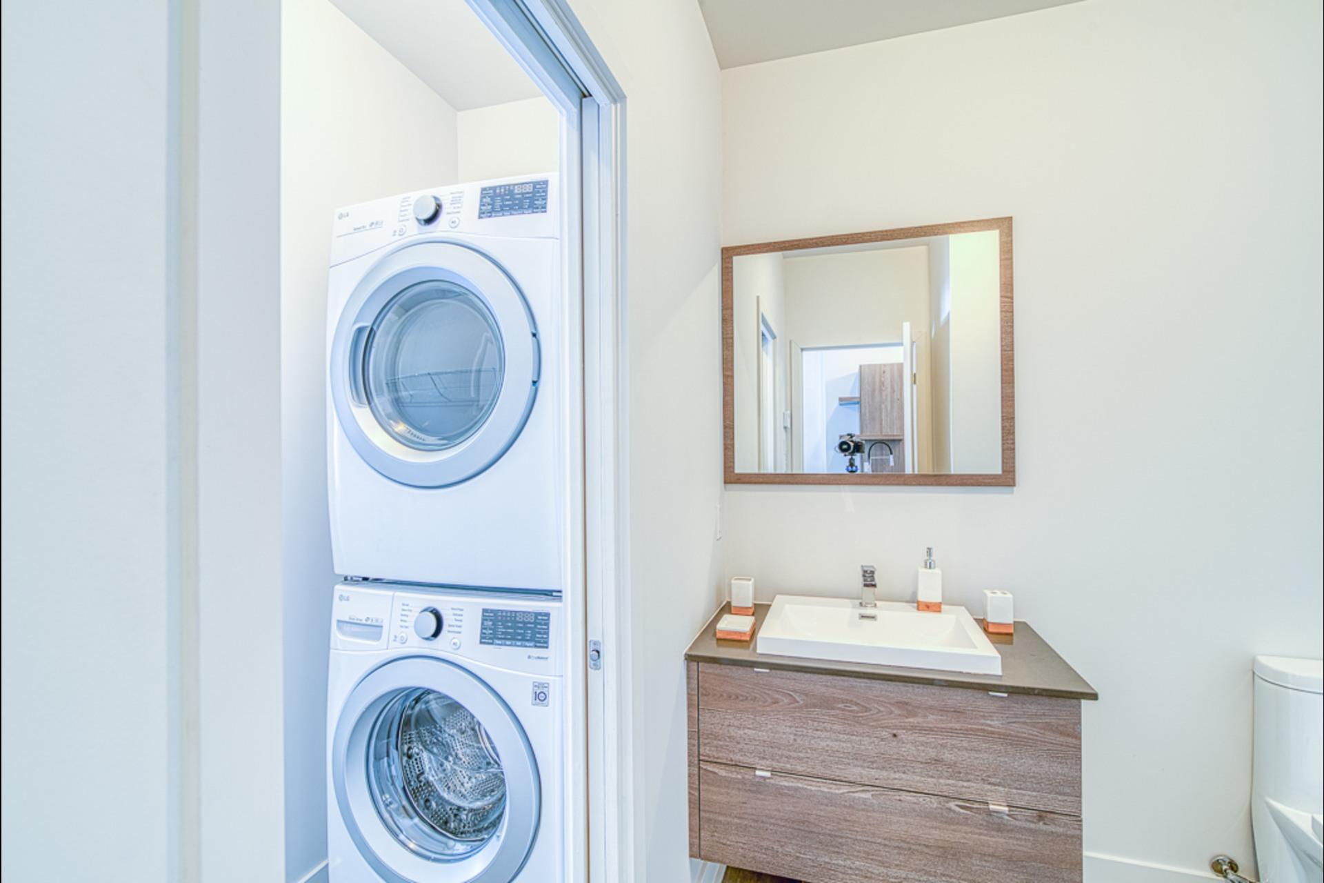 image 19 - MX - Condominio vertical - MX Para alquiler Montréal - 3 habitaciones