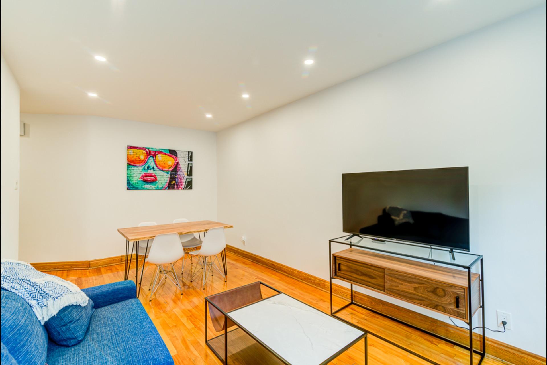image 9 - House For rent Montréal