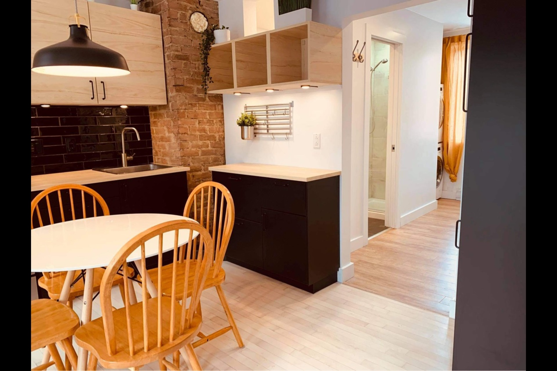 image 4 - Apartment For rent Montréal - 3 rooms