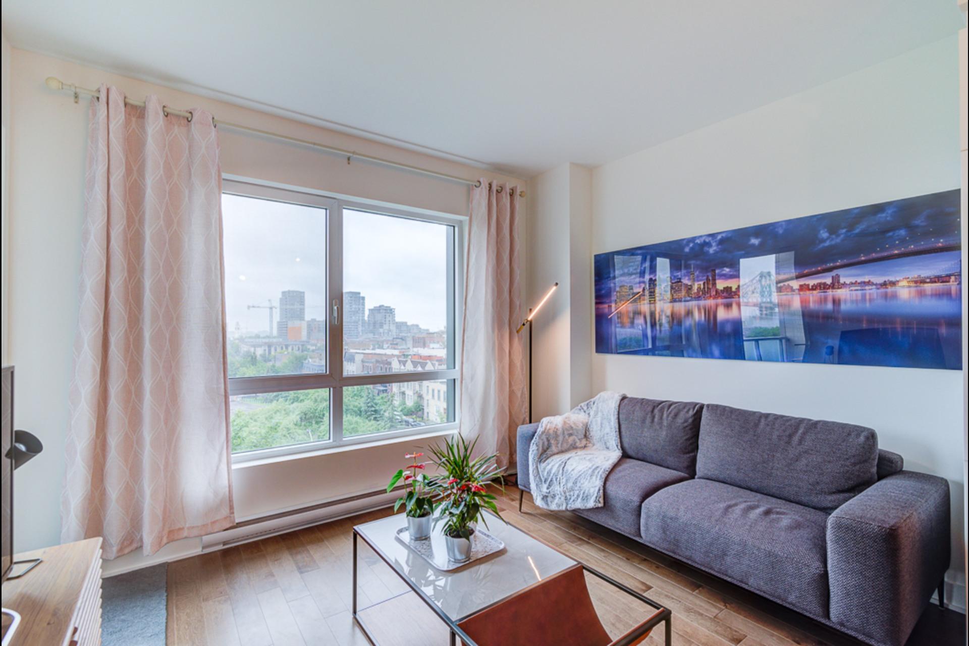image 8 - Condo For rent Montréal - 4 rooms