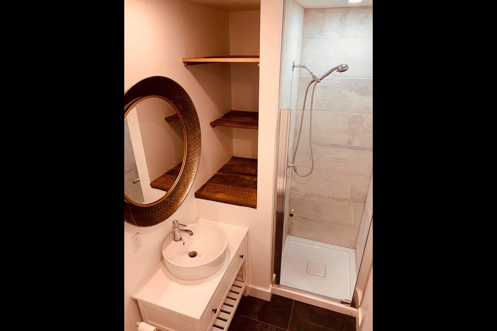 image 10 - Apartment For rent Montréal - 3 rooms