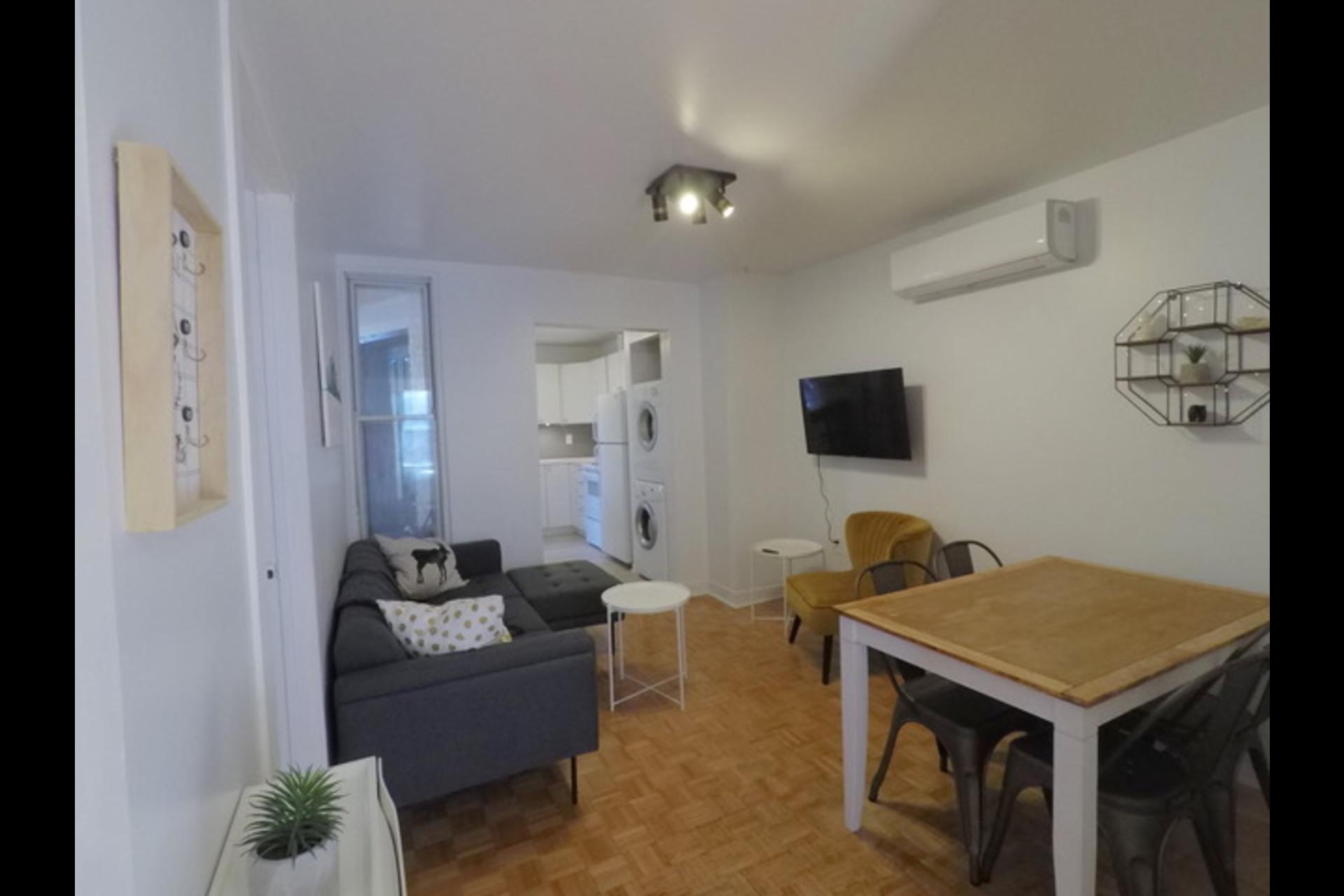 image 9 - Appartement À louer Montréal - 5 pièces