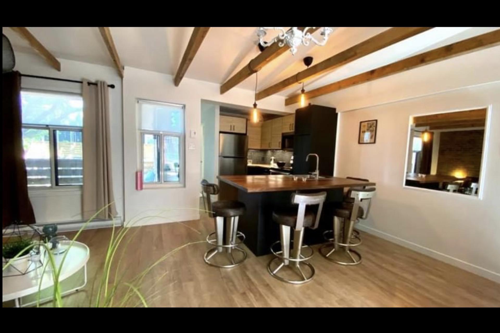 image 5 - Apartment For rent Montréal - 4 rooms