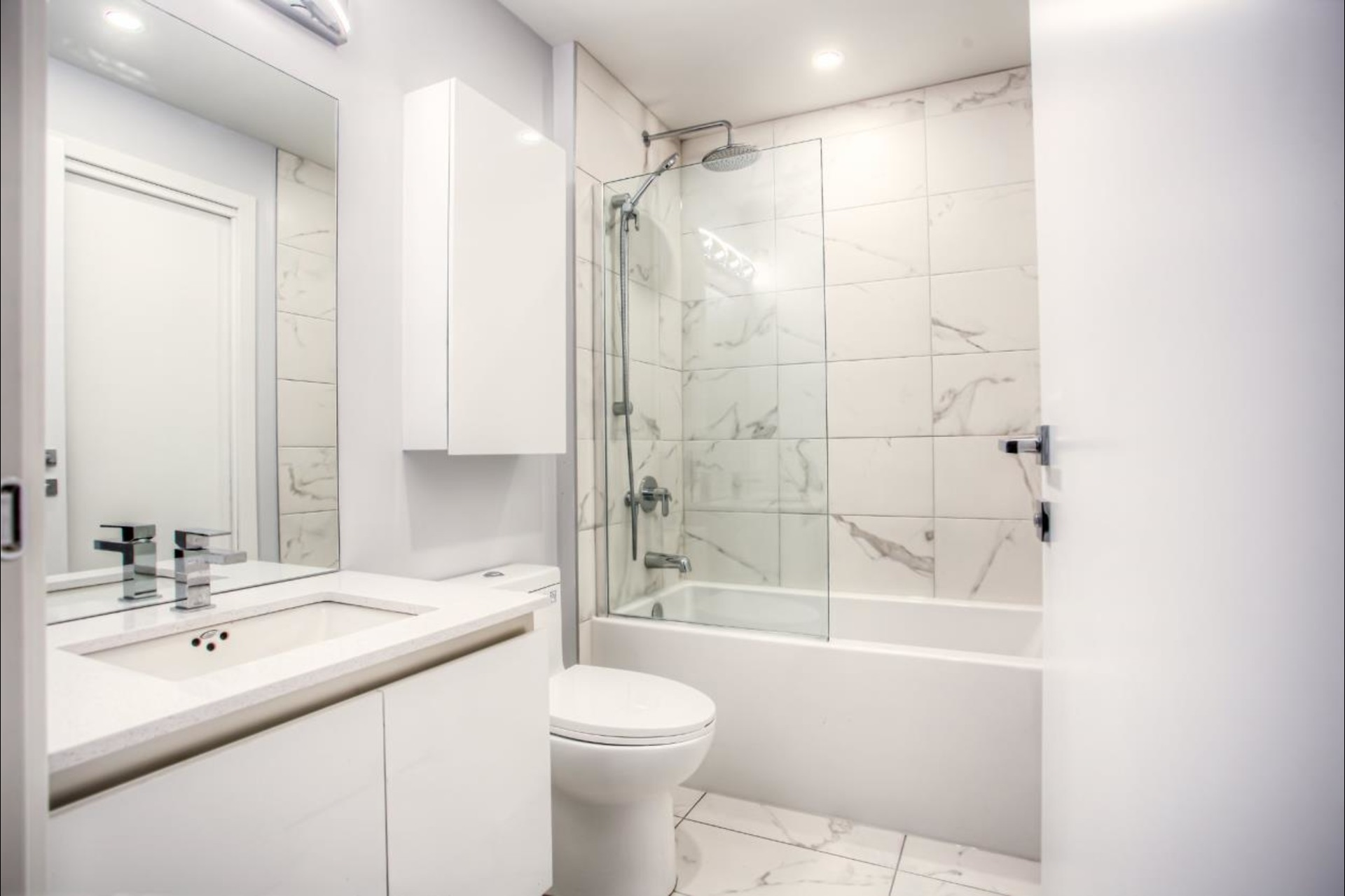 image 8 - Condo For rent Montréal - 6 rooms