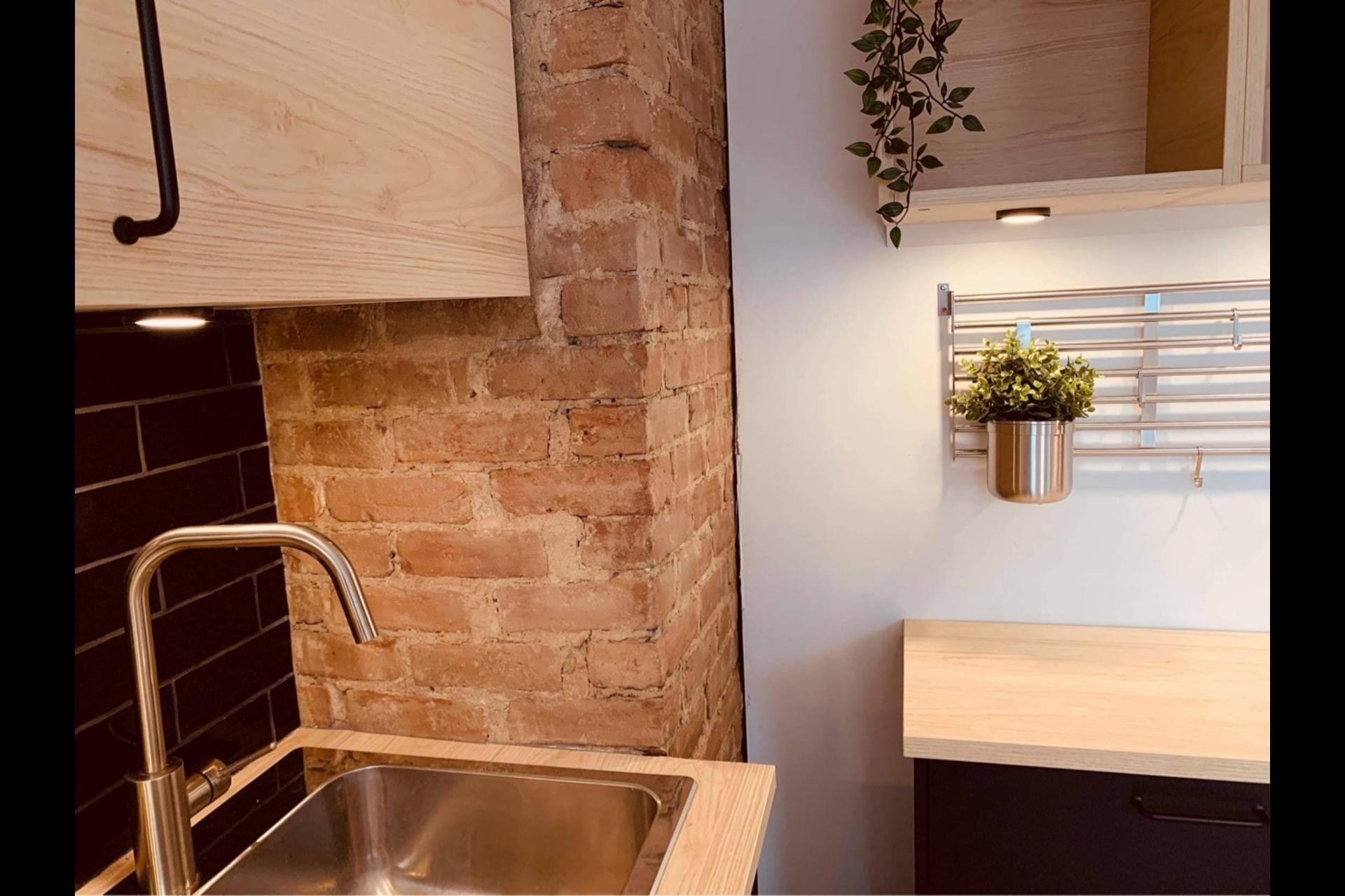 image 8 - Apartment For rent Montréal - 3 rooms