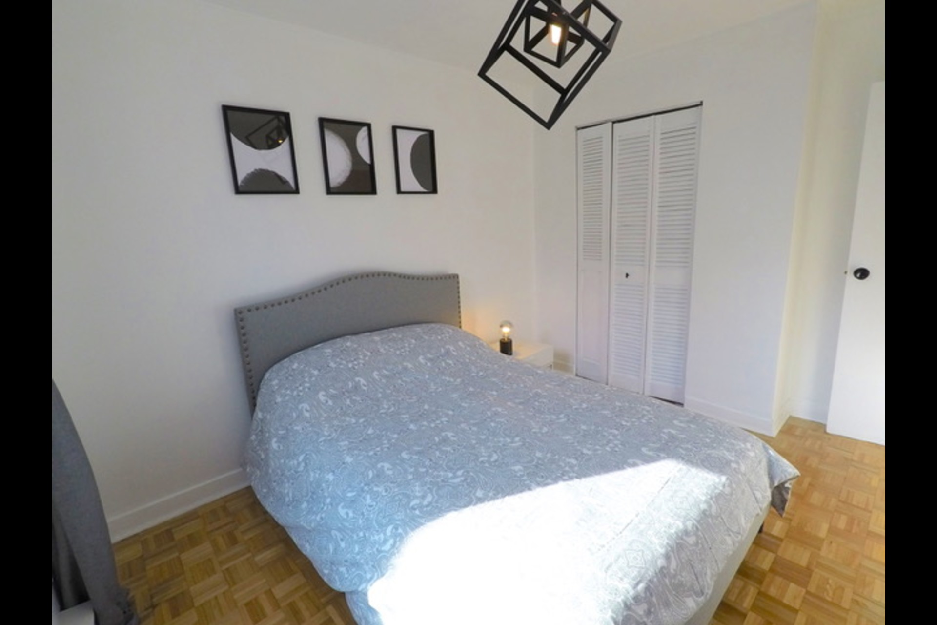 image 1 - Appartement À louer Montréal - 5 pièces