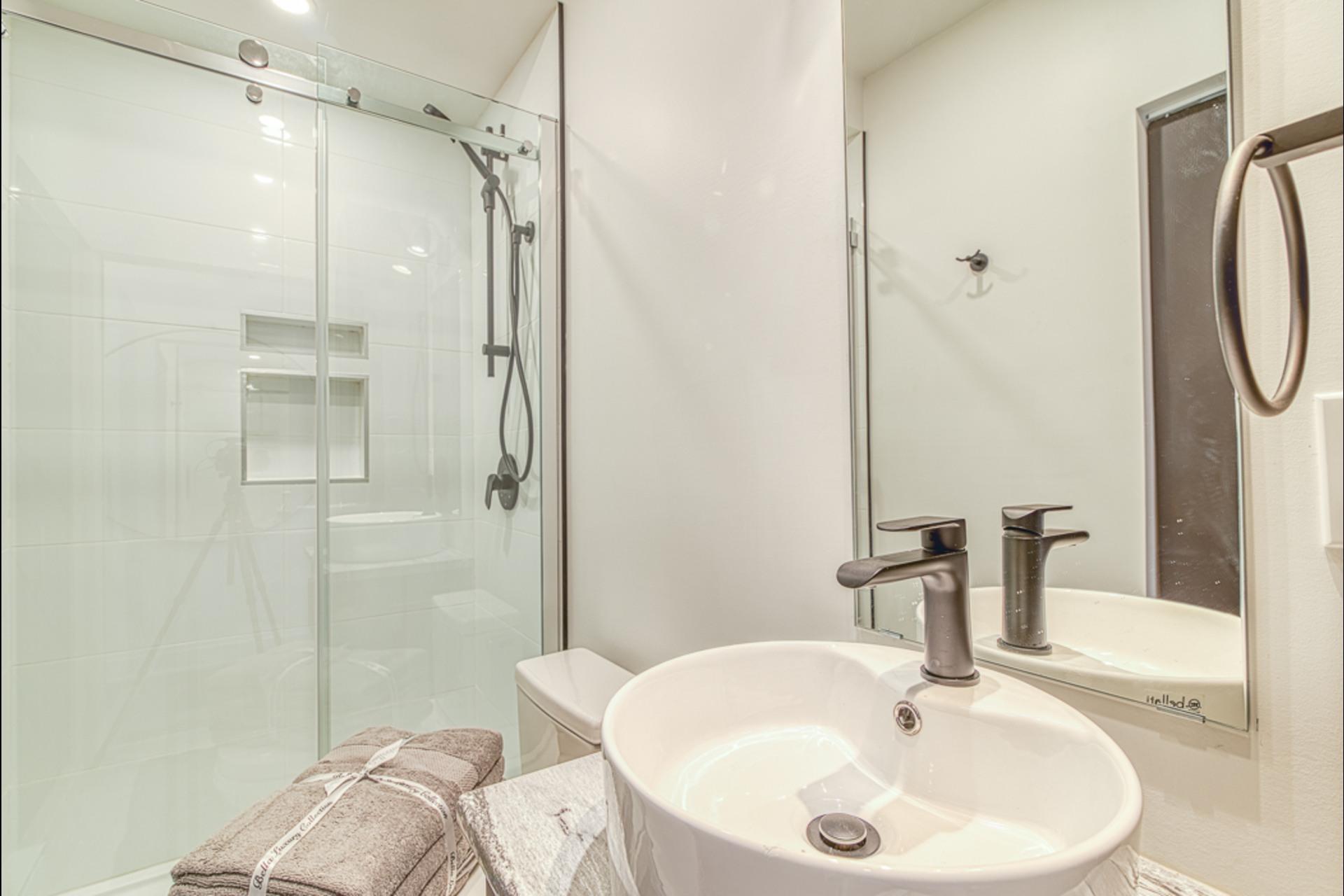 image 4 - Departamento Para alquiler Montréal - 2 habitaciones