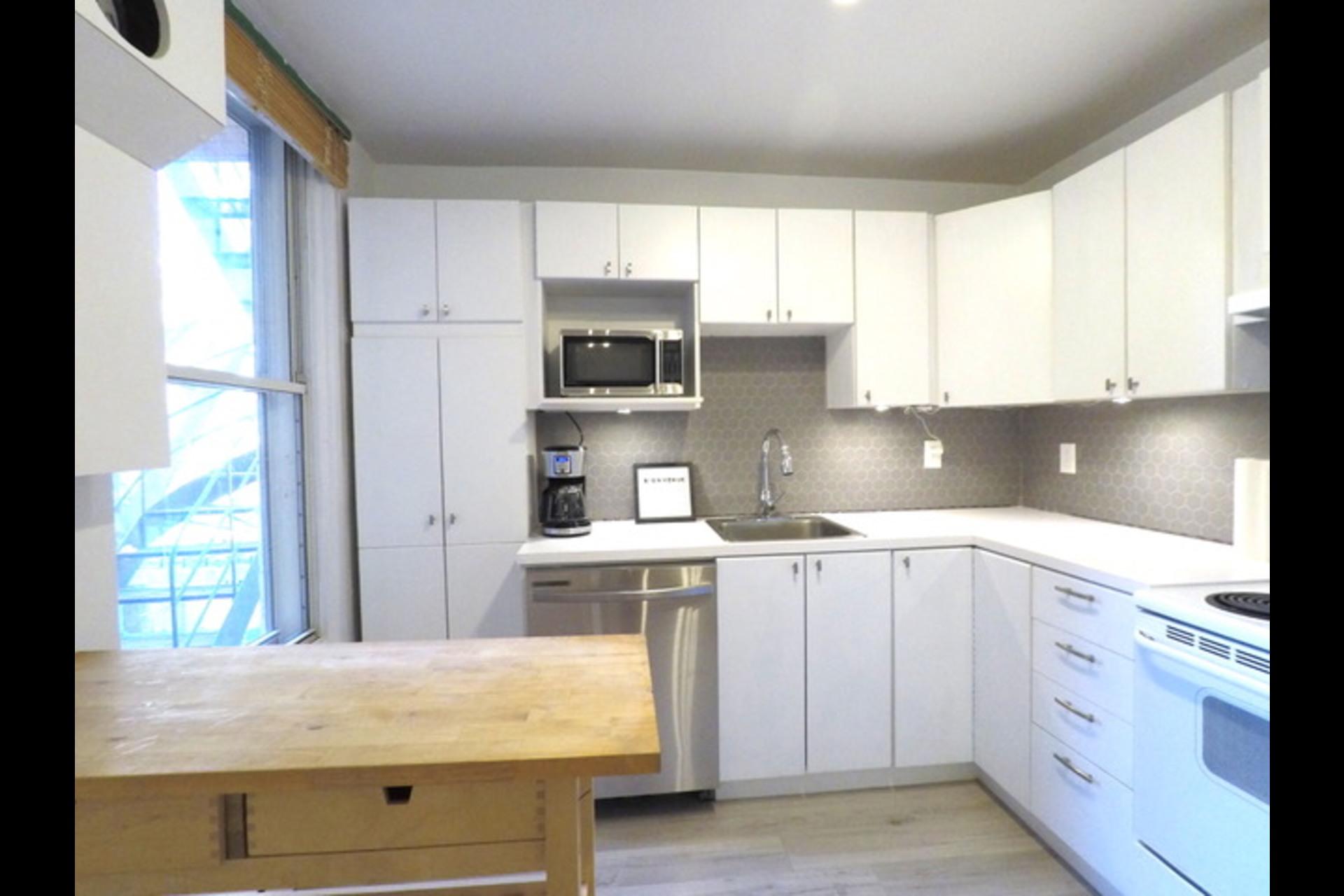image 11 - Departamento Para alquiler Montréal - 5 habitaciones