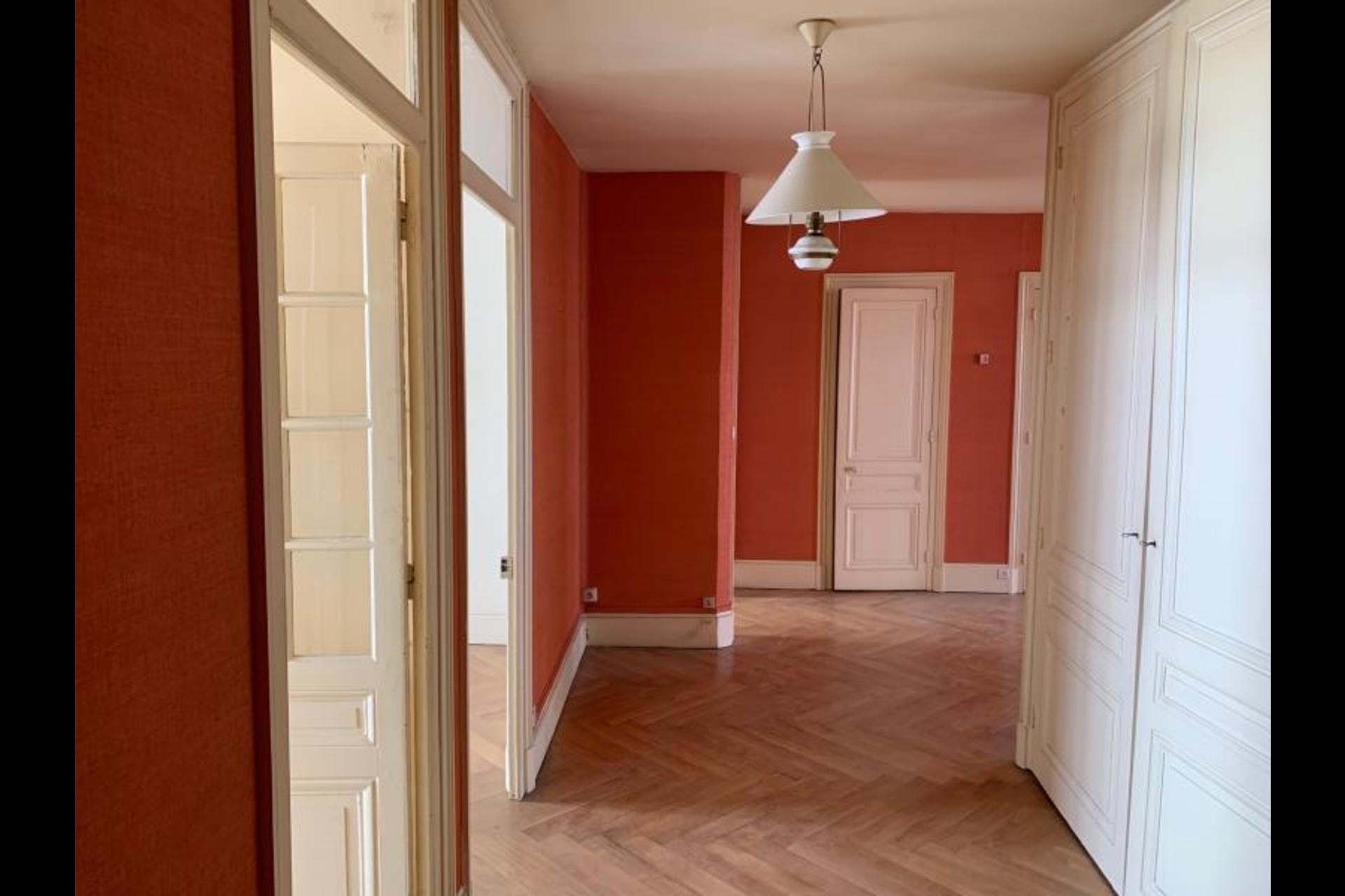 image 0 - Appartement À vendre Lyon - 4 pièces