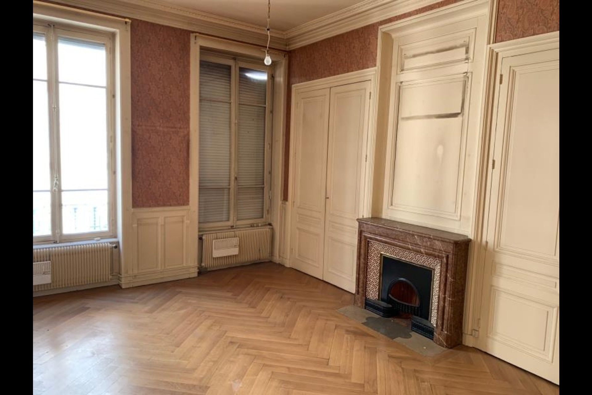 image 2 - Appartement À vendre Lyon - 4 pièces