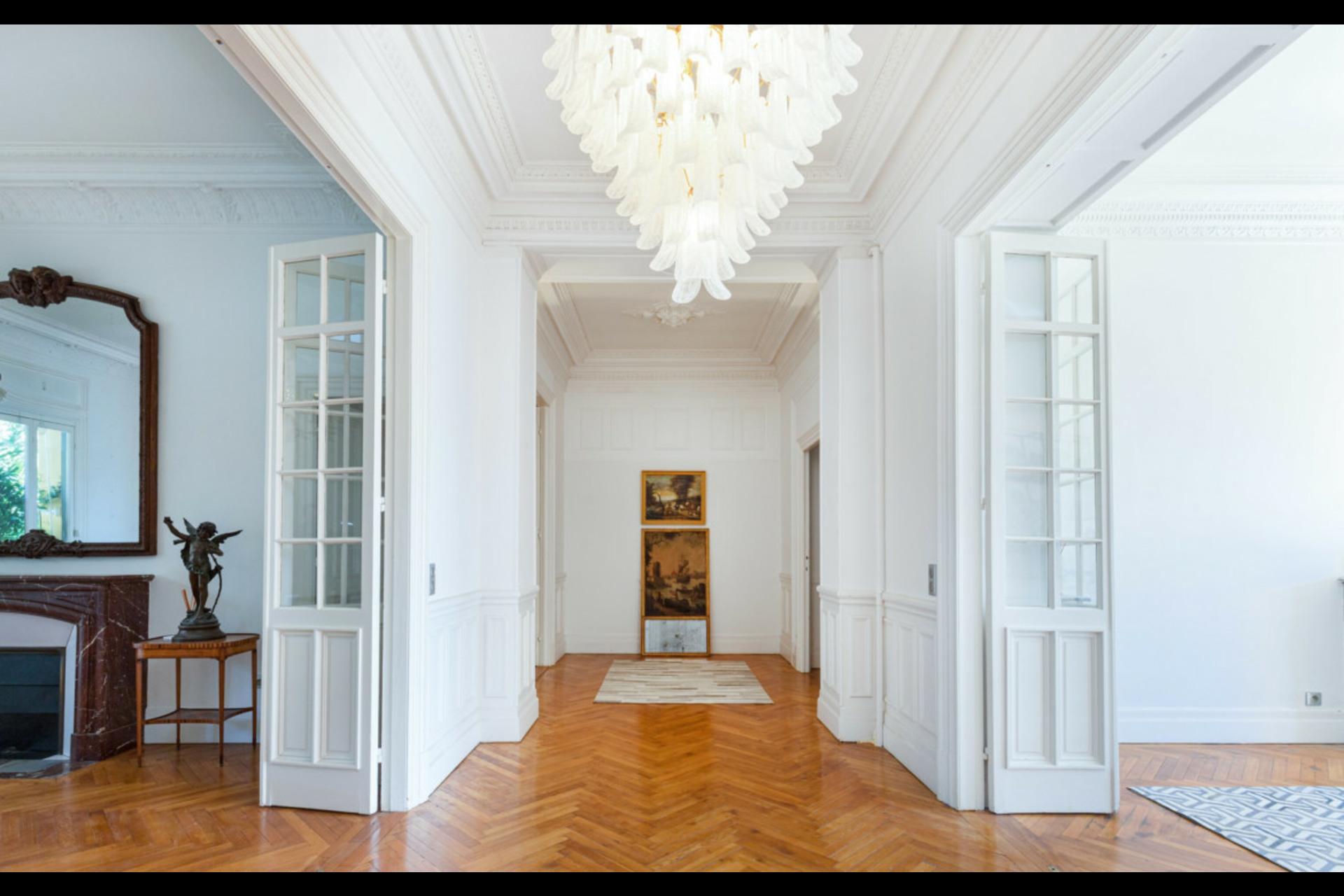 image 1 - Appartement À vendre Nice Cimiez - 6 pièces