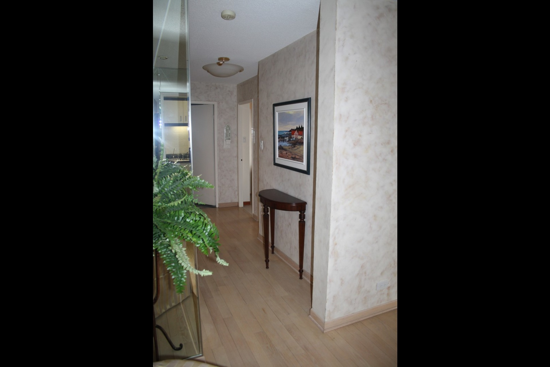 image 6 - Apartment For rent Westmount - 4 rooms