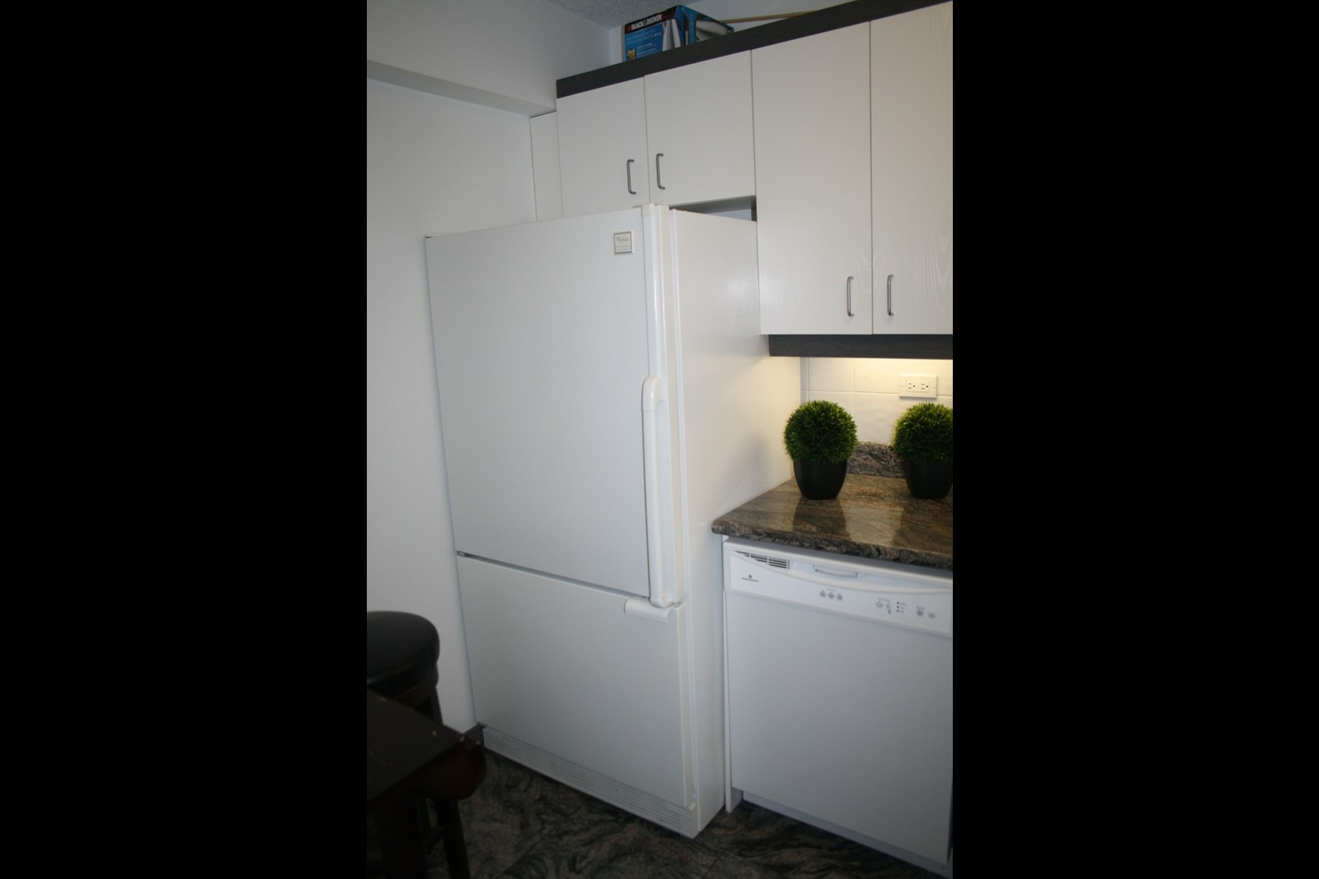 image 2 - Apartment For rent Westmount - 4 rooms