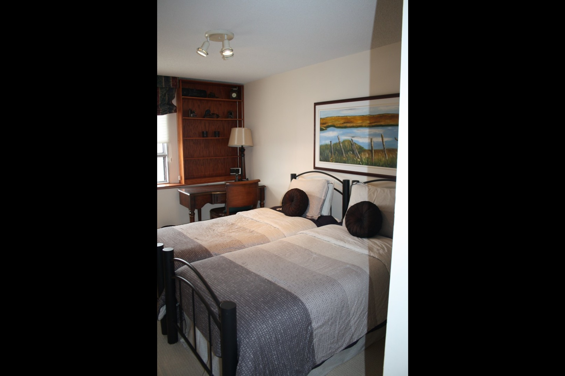 image 3 - Apartment For rent Westmount - 4 rooms