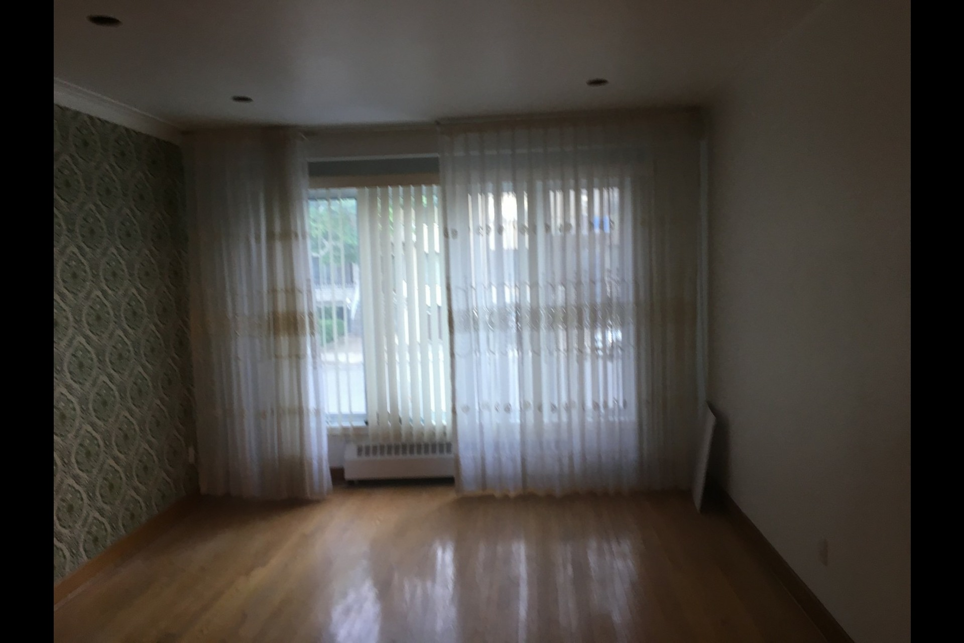 image 8 - Appartement À louer Montréal Rosemont - 5 pièces