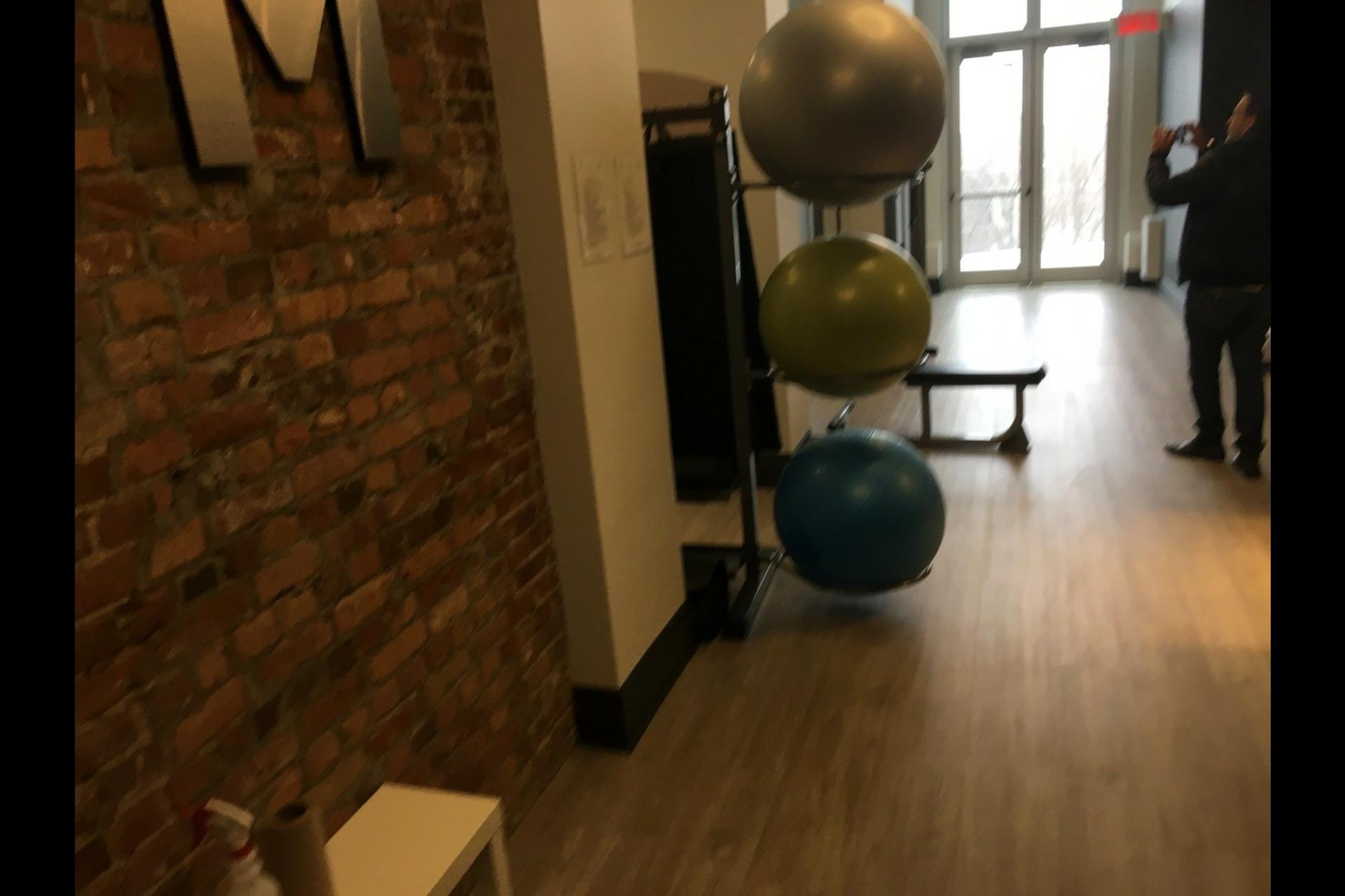 image 10 - Condo For rent Montréal Ville-Marie (Centre-ville) - 3 rooms