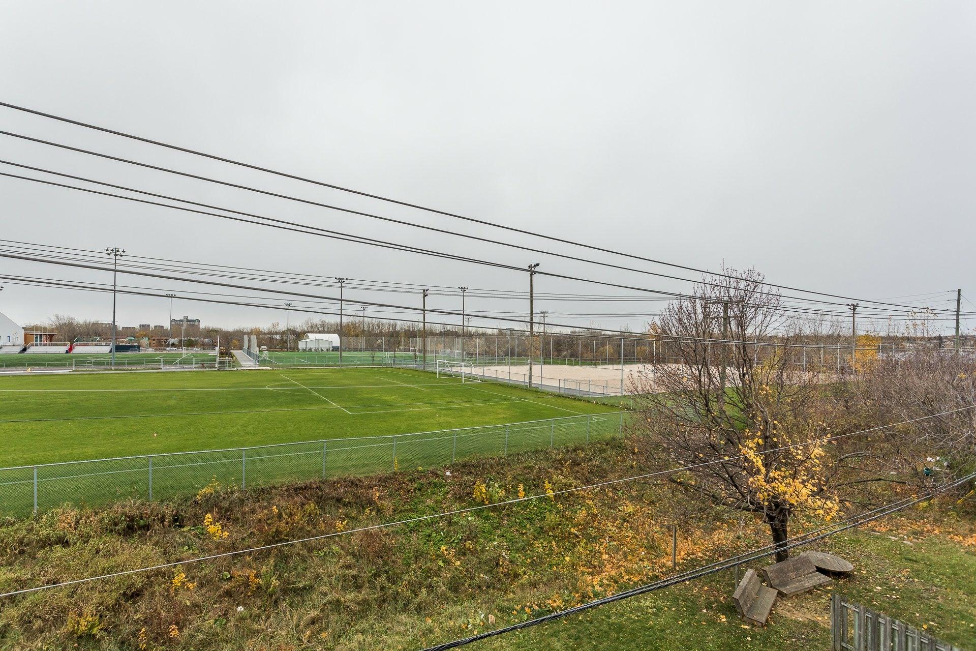 image 5 - Immeuble à revenus À vendre Laval Pont-Viau  - 1 pièce