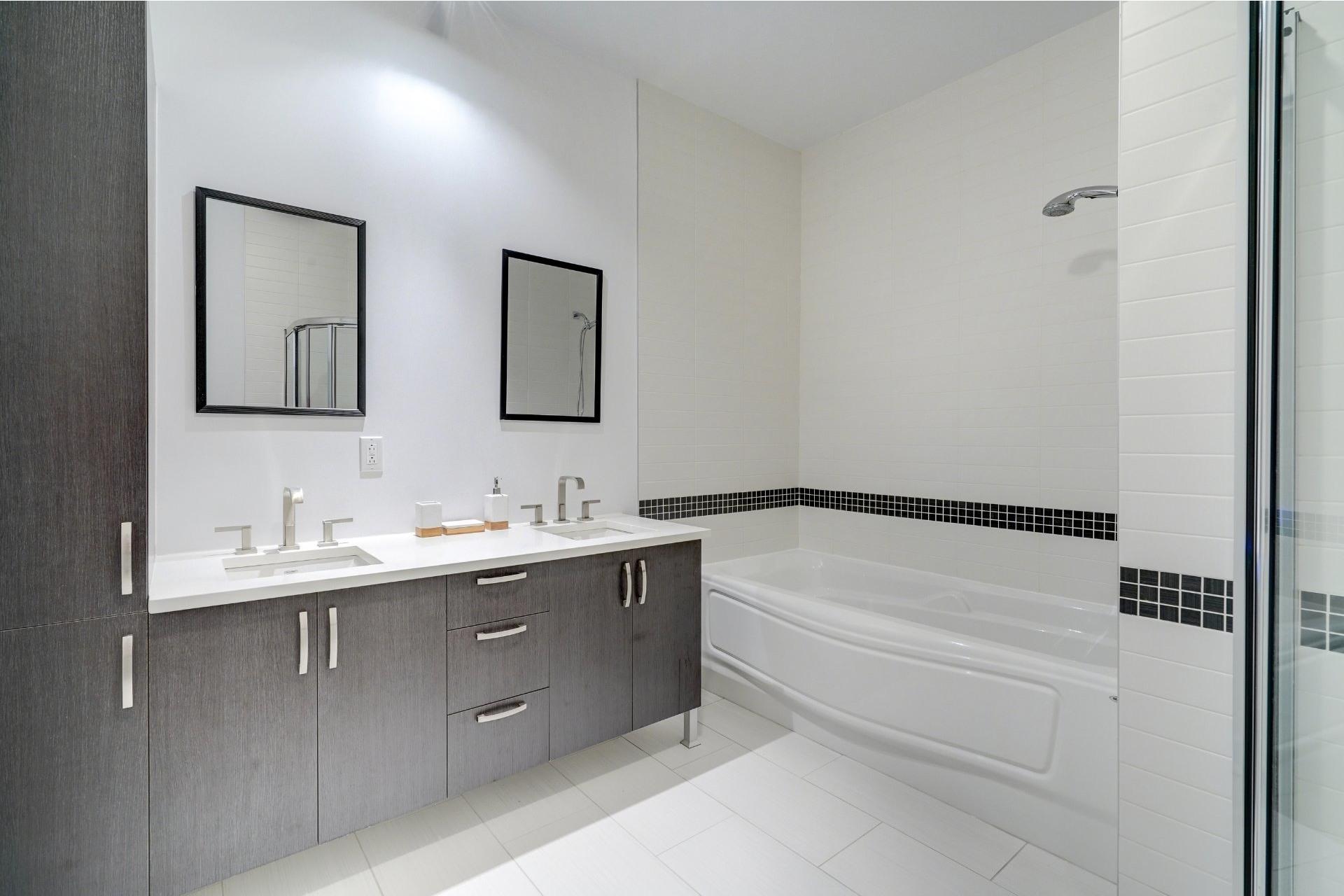 image 11 - Appartement À vendre Lachine Montréal  - 11 pièces