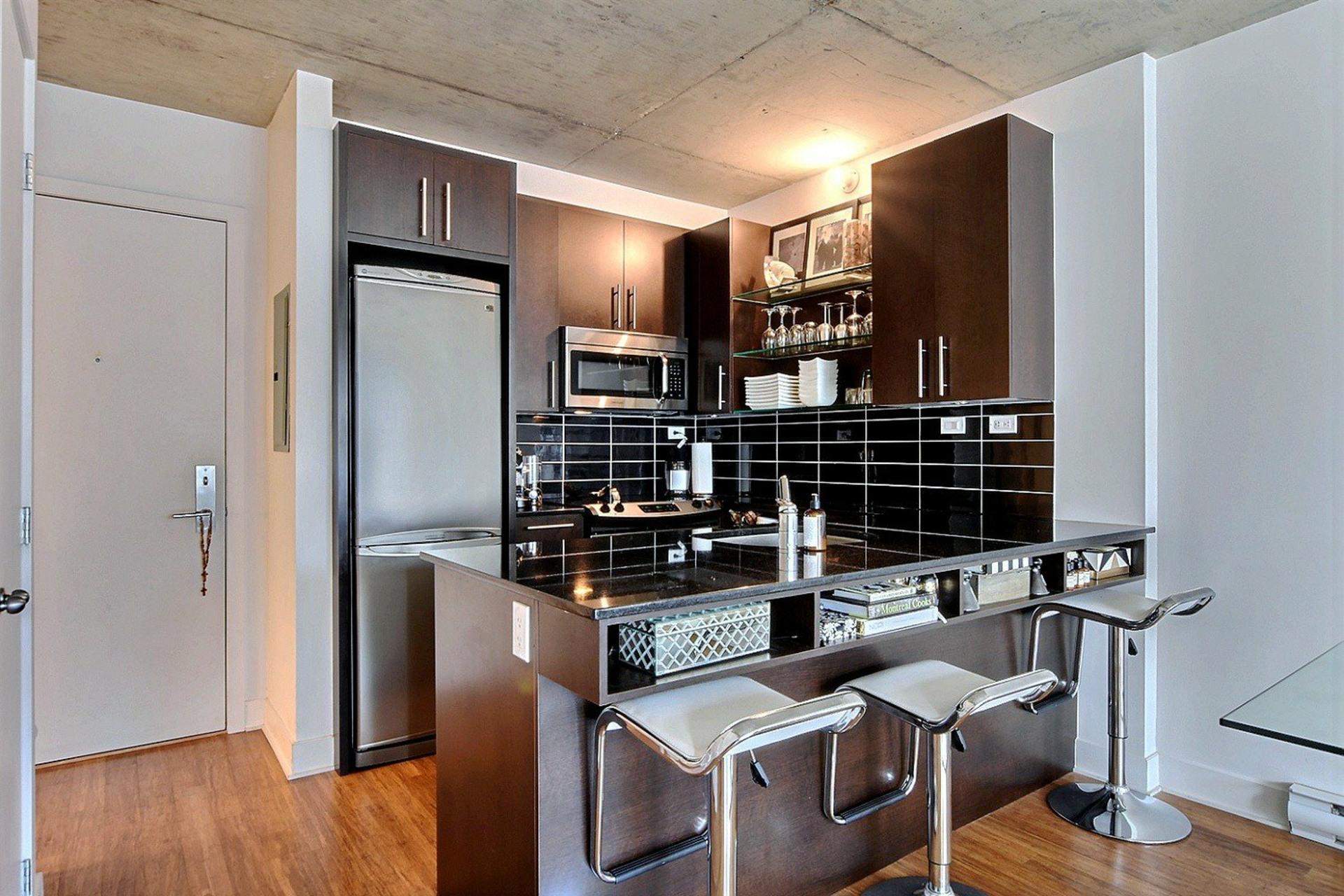 image 8 - Appartement À vendre Montréal Le Sud-Ouest  - 6 pièces
