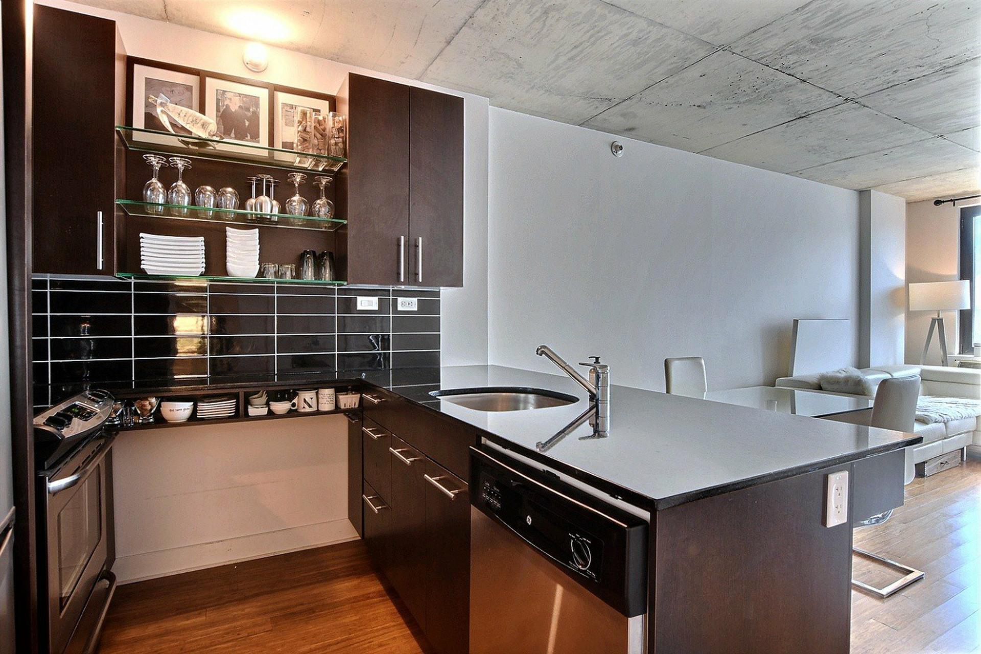 image 9 - Appartement À vendre Montréal Le Sud-Ouest  - 6 pièces