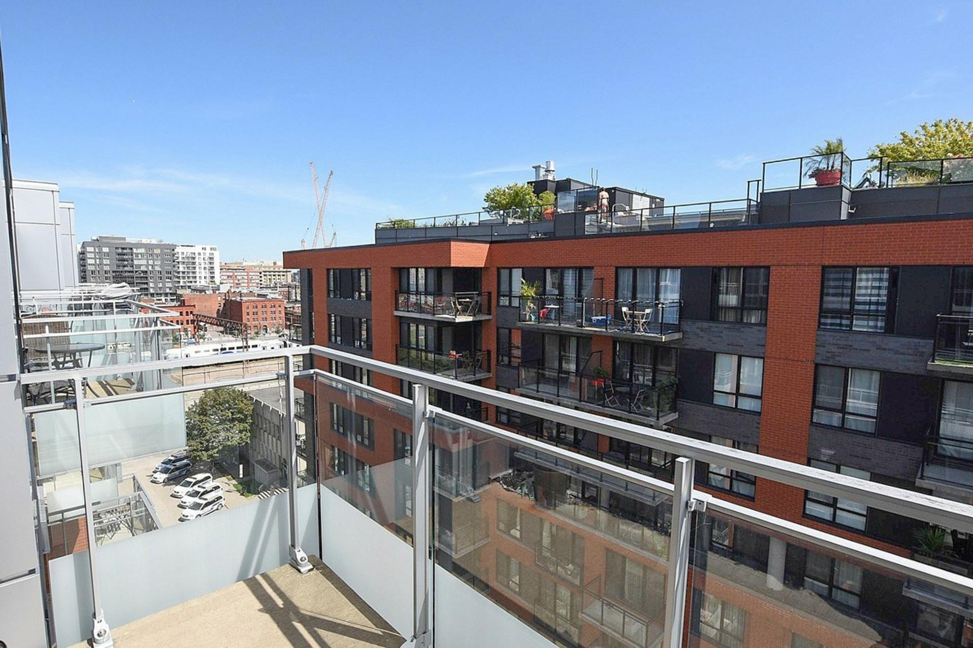 image 17 - Appartement À vendre Montréal Le Sud-Ouest  - 6 pièces