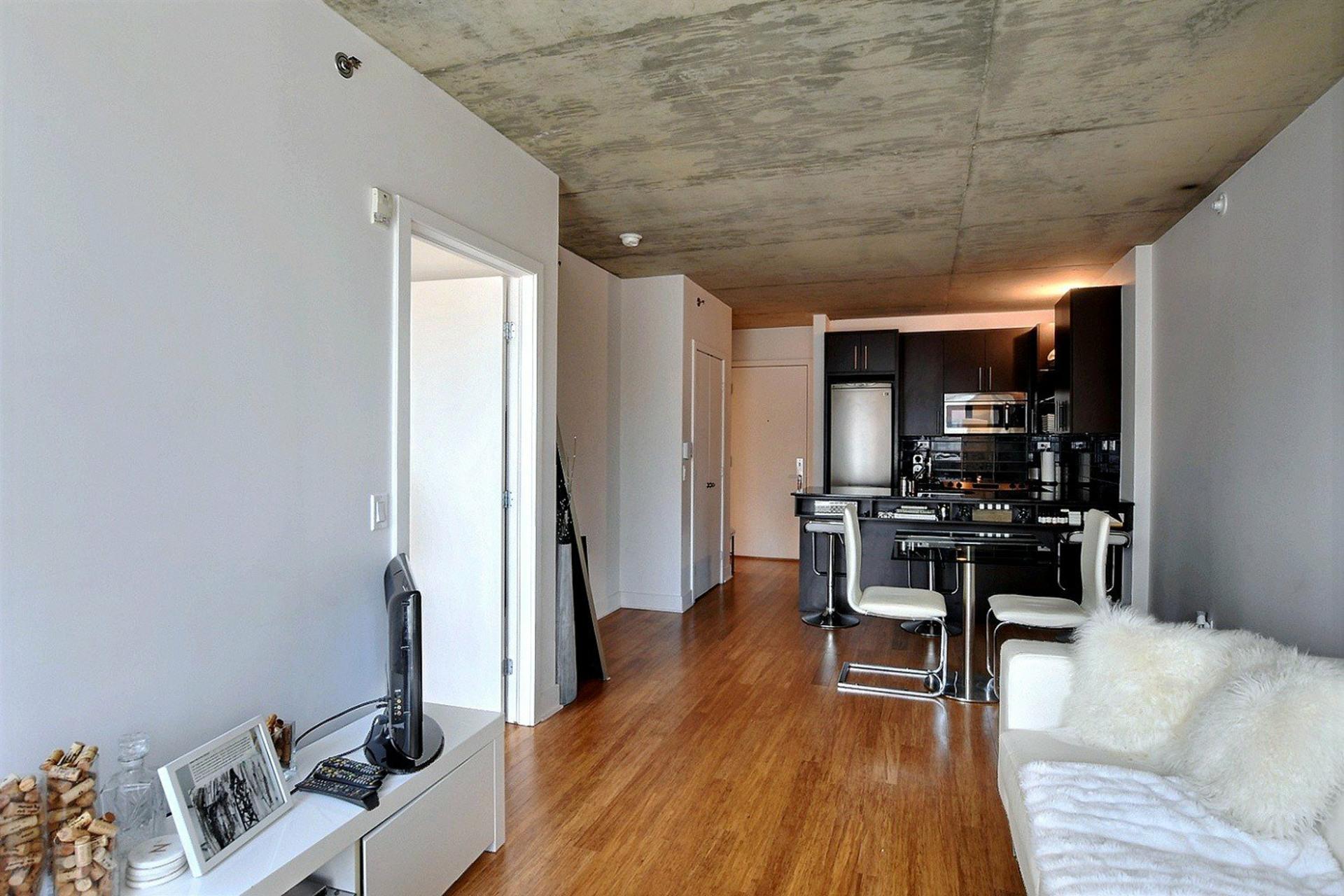 image 4 - Appartement À vendre Montréal Le Sud-Ouest  - 6 pièces
