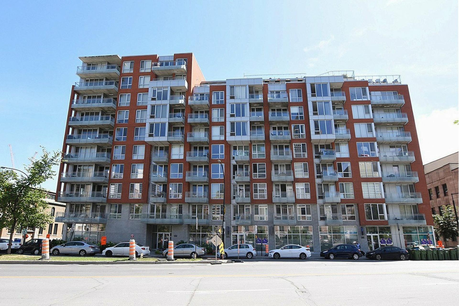 image 0 - Appartement À vendre Montréal Le Sud-Ouest  - 6 pièces