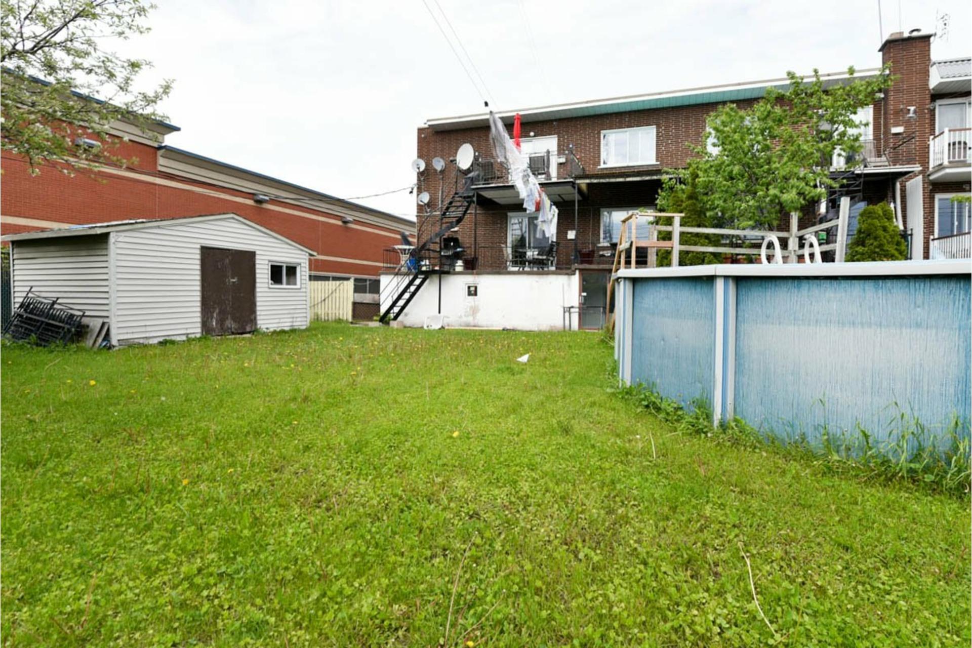image 28 - Quintuplex À vendre Montréal Saint-Léonard  - 7 pièces