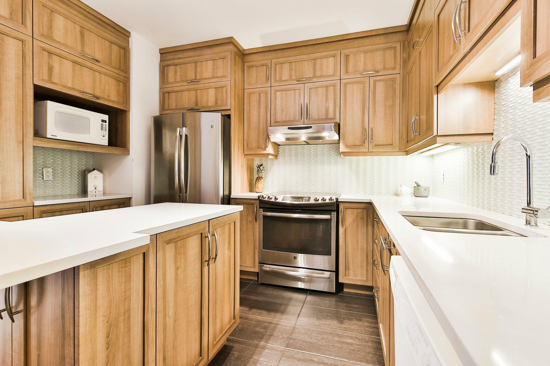 image 2 - Appartement À vendre Montréal Ahuntsic-Cartierville  - 11 pièces