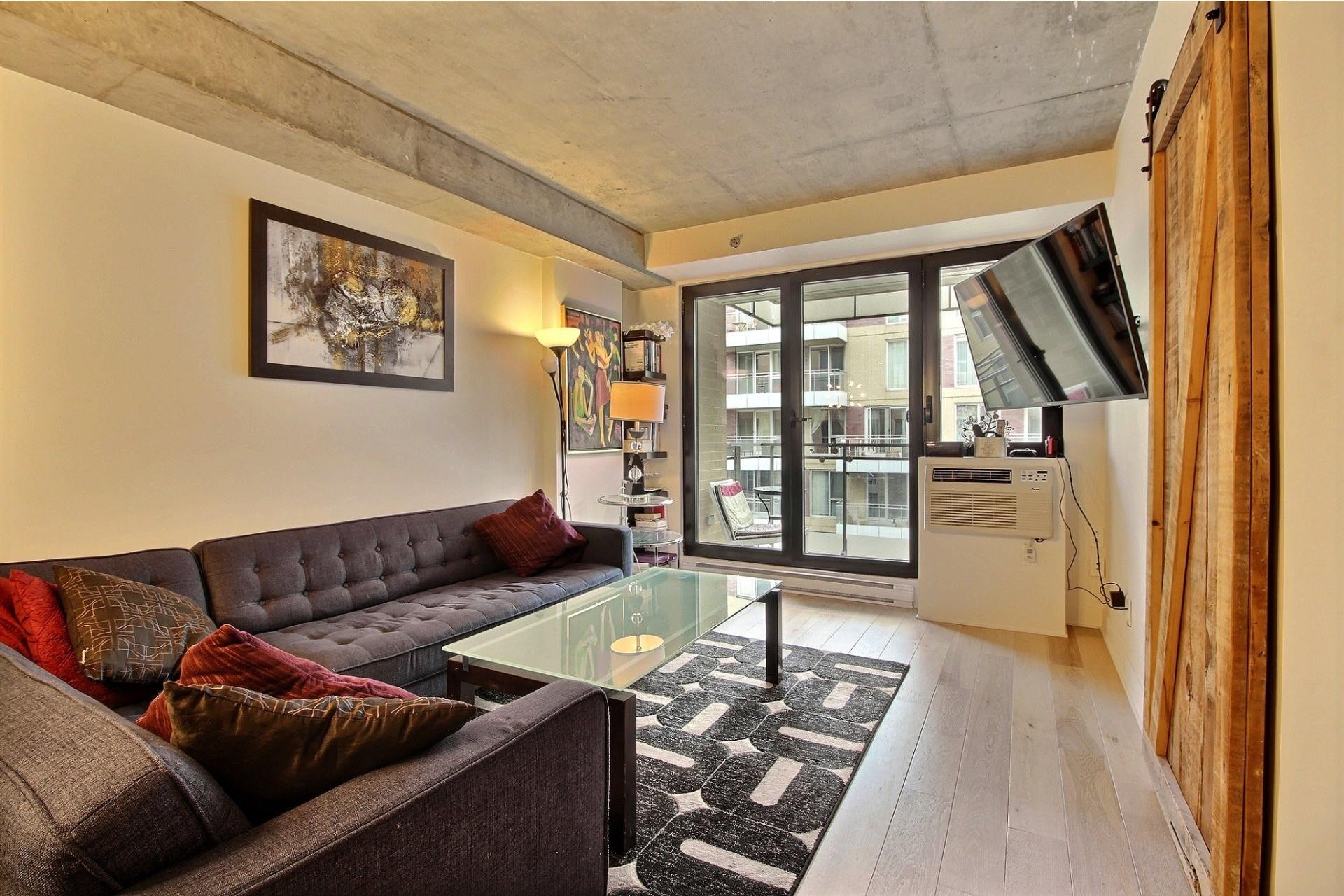 image 2 - Apartment For rent Montréal Le Sud-Ouest  - 3 rooms