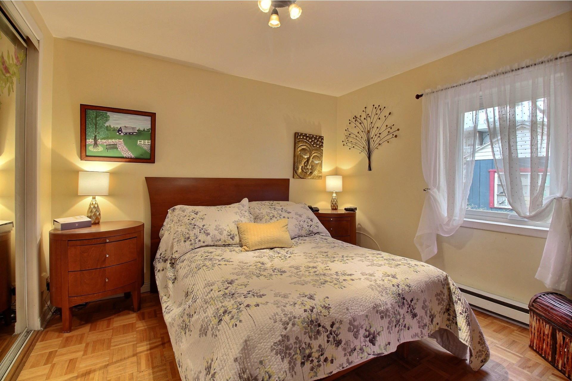 image 18 - Duplex À vendre Montréal Anjou  - 4 pièces