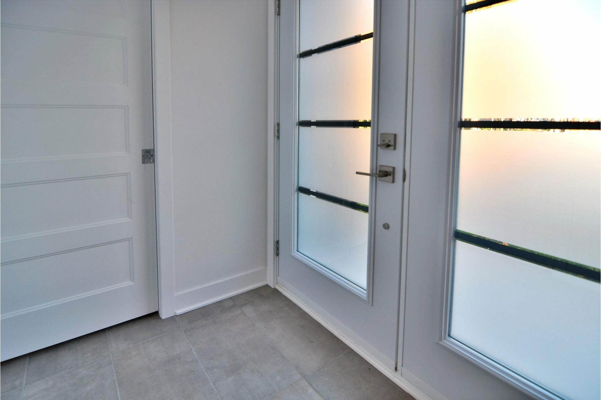 image 1 - Maison À vendre Coteau-du-Lac - 10 pièces