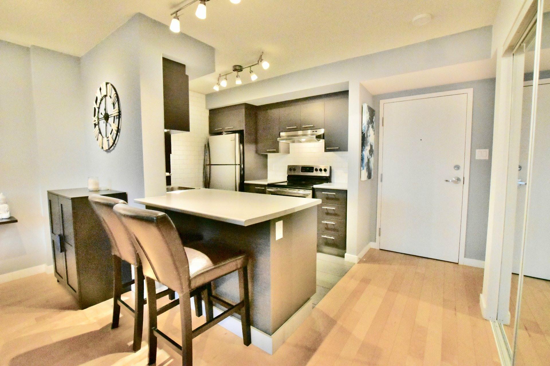 image 8 - Apartment For rent Lachine Montréal  - 6 rooms