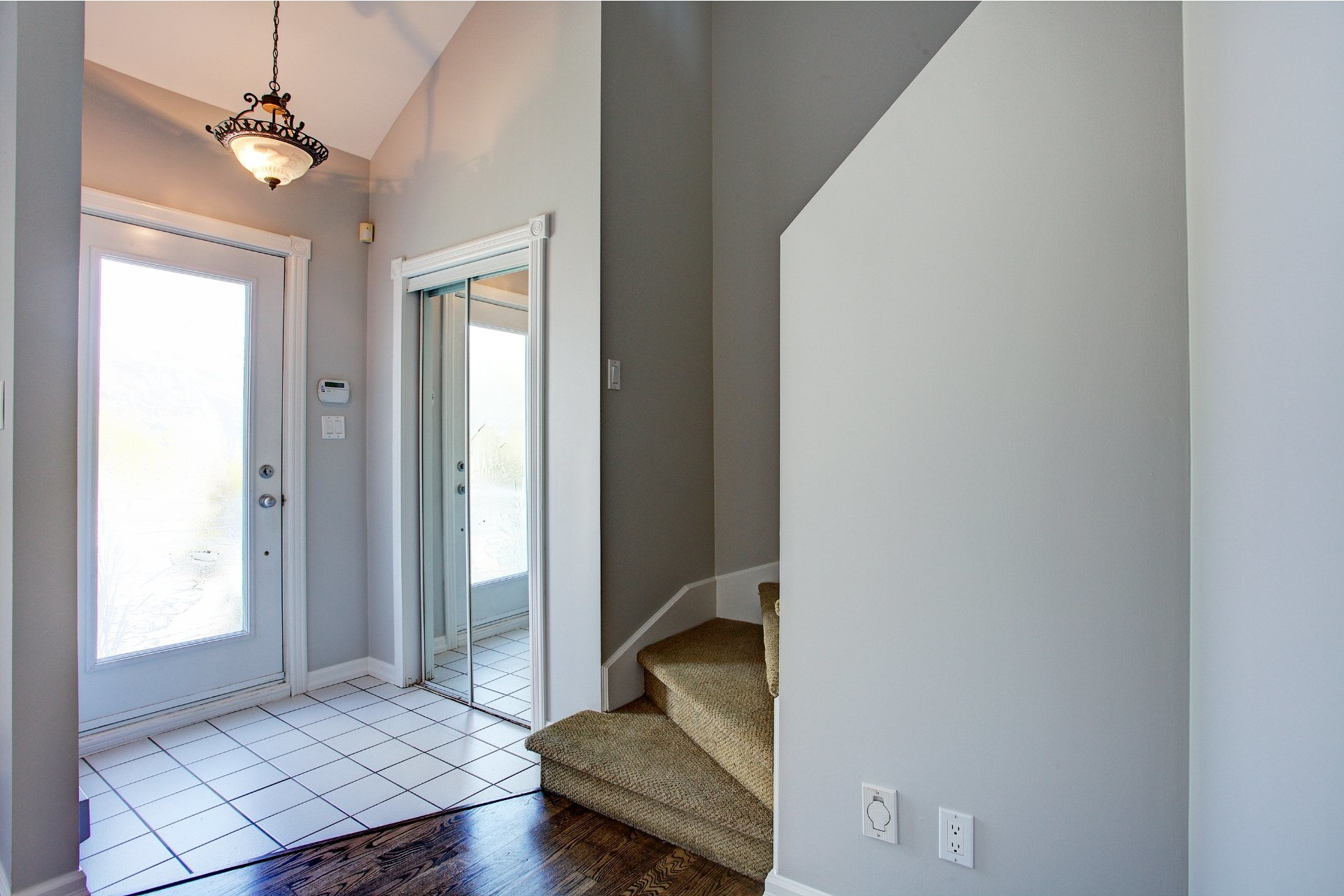 image 5 - House For sale Vaudreuil-Dorion - 10 rooms