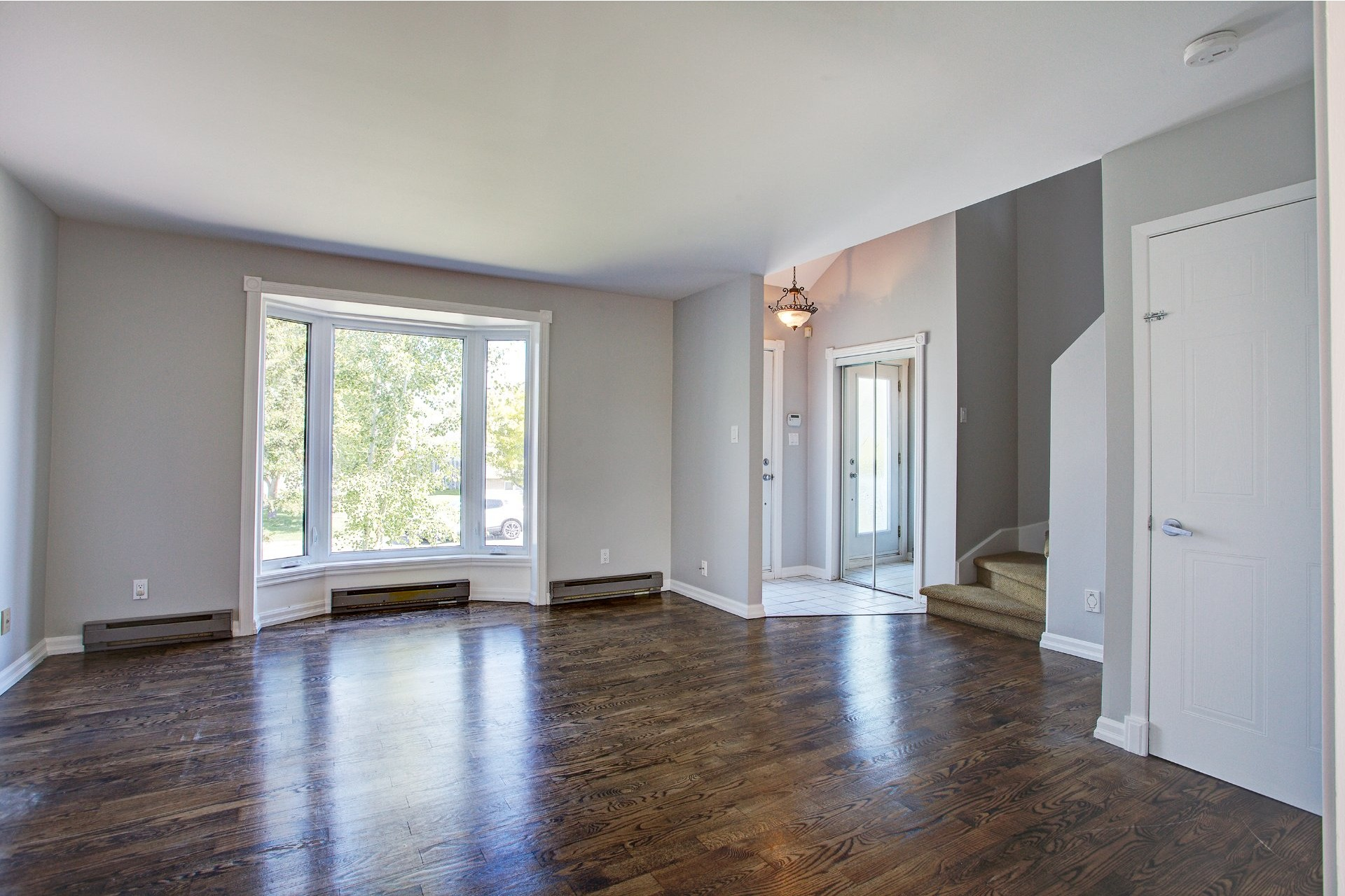 image 3 - House For sale Vaudreuil-Dorion - 10 rooms