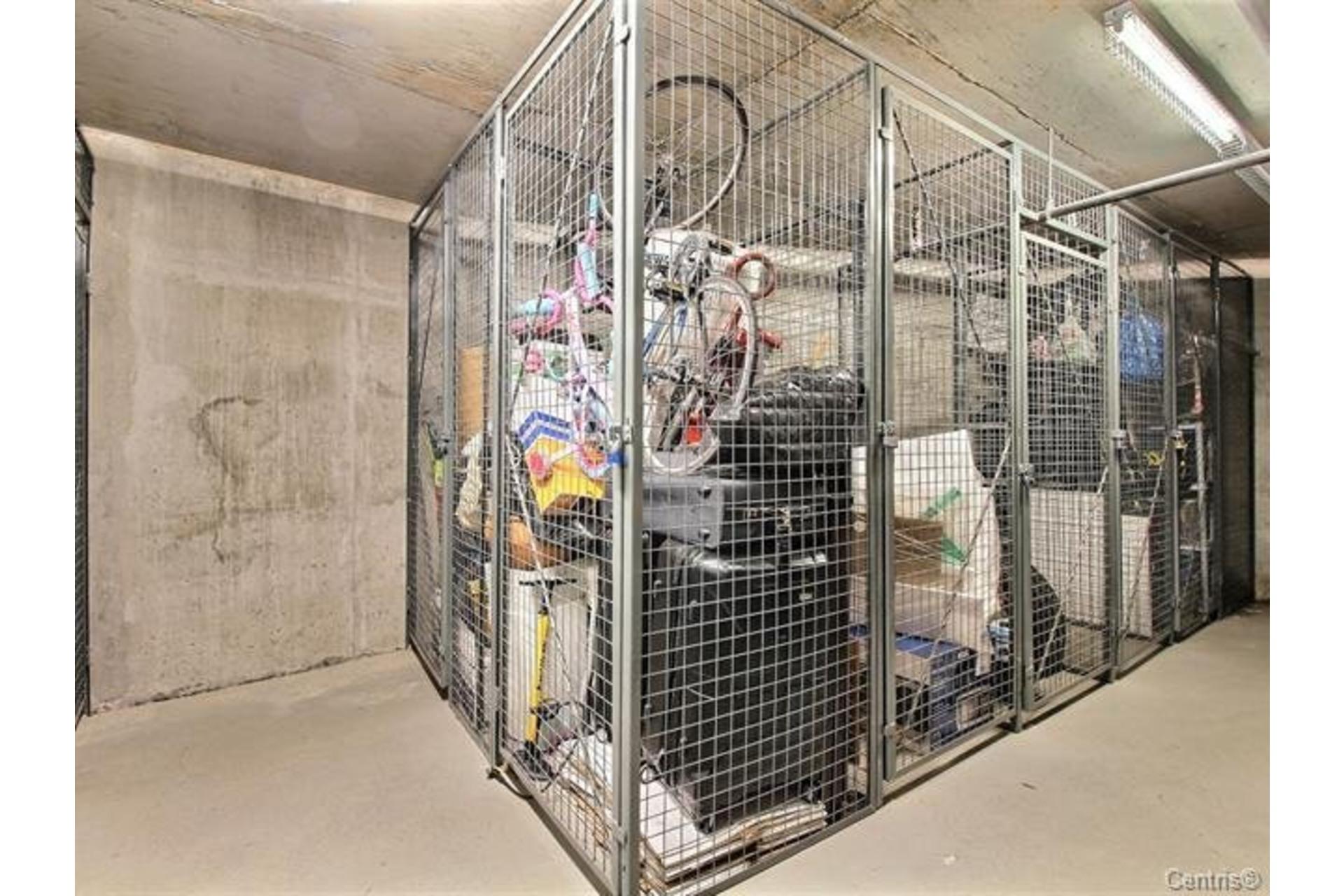 image 23 - Apartment For rent Le Sud-Ouest Montréal  - 6 rooms