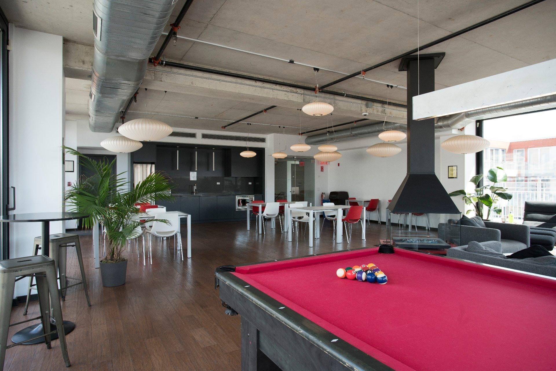 image 18 - Apartment For rent Le Sud-Ouest Montréal  - 6 rooms