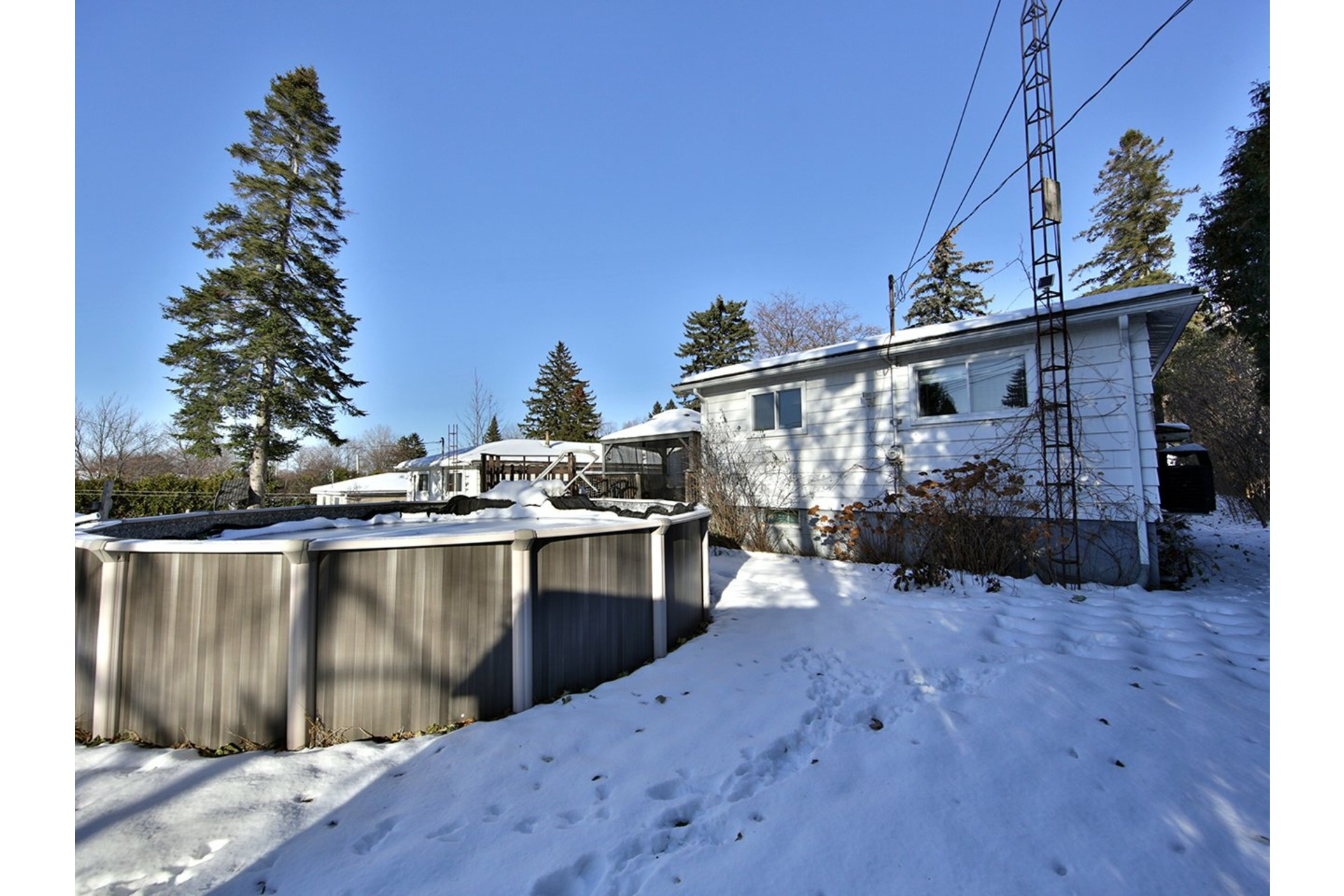 House For sale Pierrefonds-Roxboro Montréal  - 9 rooms