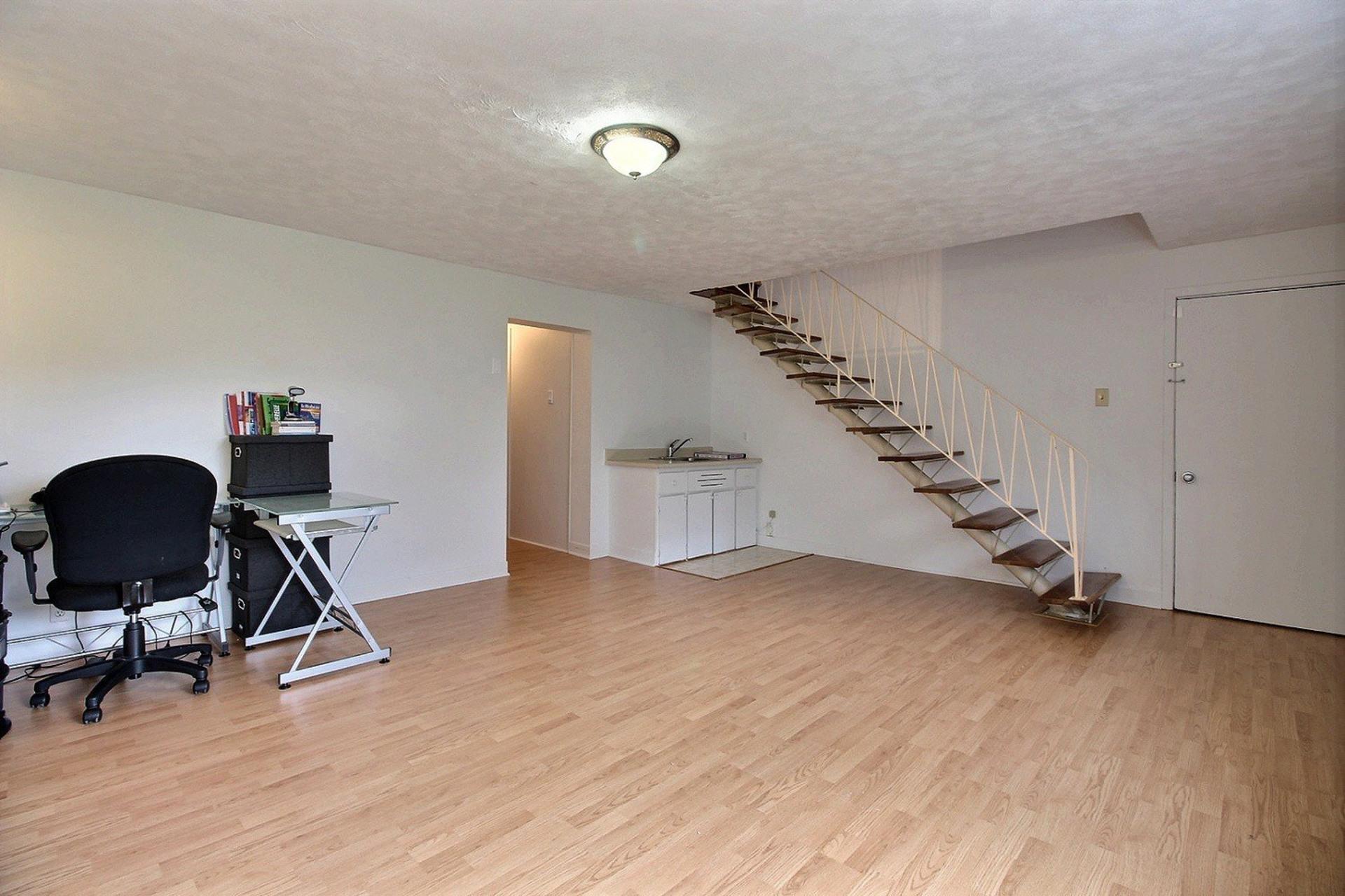 image 13 - Triplex For sale Montréal Mercier/Hochelaga-Maisonneuve  - 7 rooms