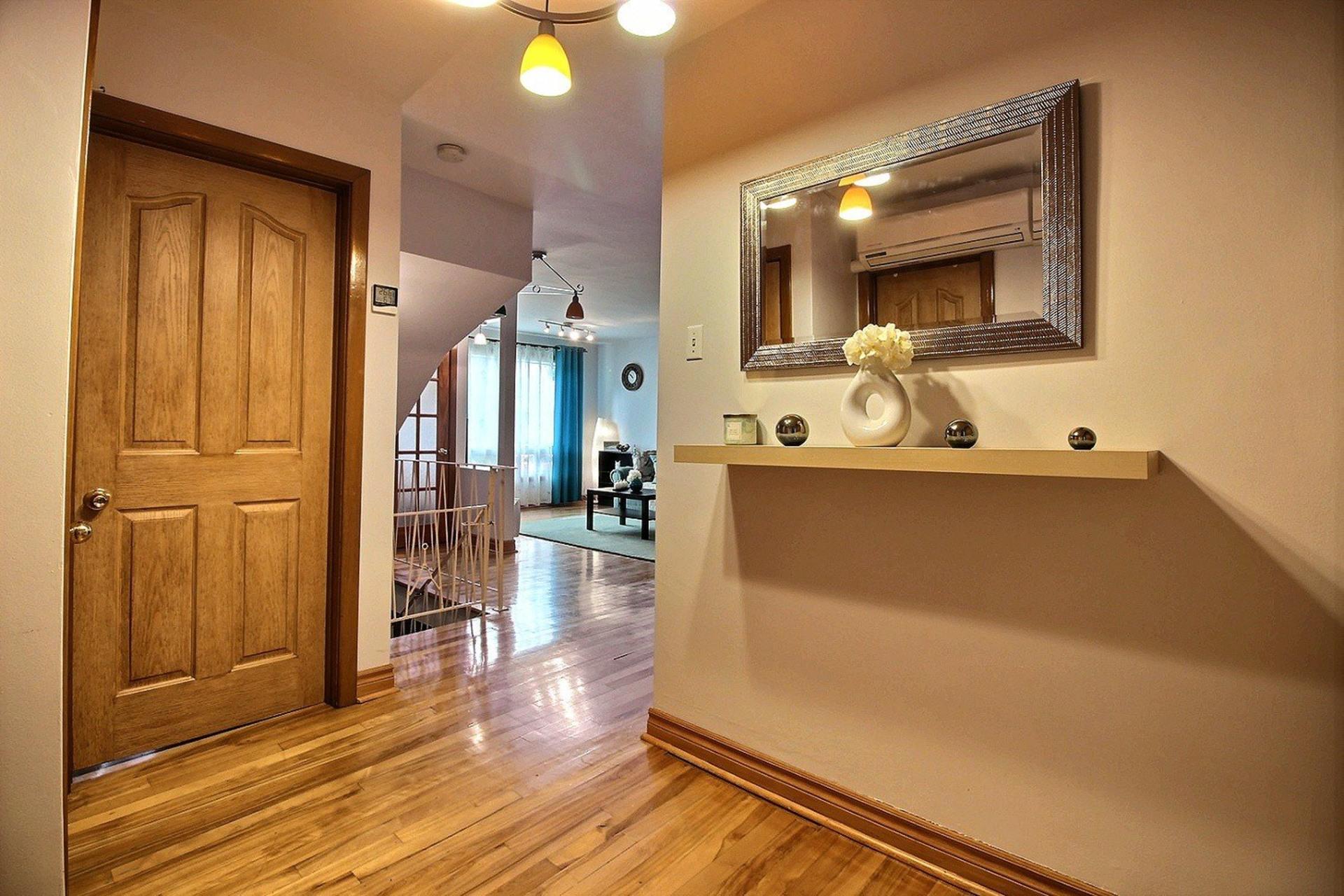 image 11 - Triplex For sale Montréal Mercier/Hochelaga-Maisonneuve  - 7 rooms