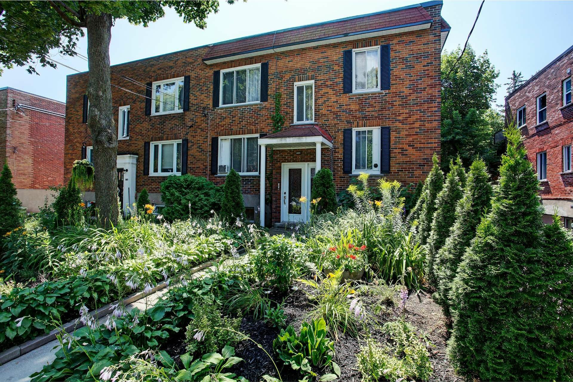 image 15 - Duplex En venta Montréal Côte-des-Neiges/Notre-Dame-de-Grâce  - 5 habitaciones