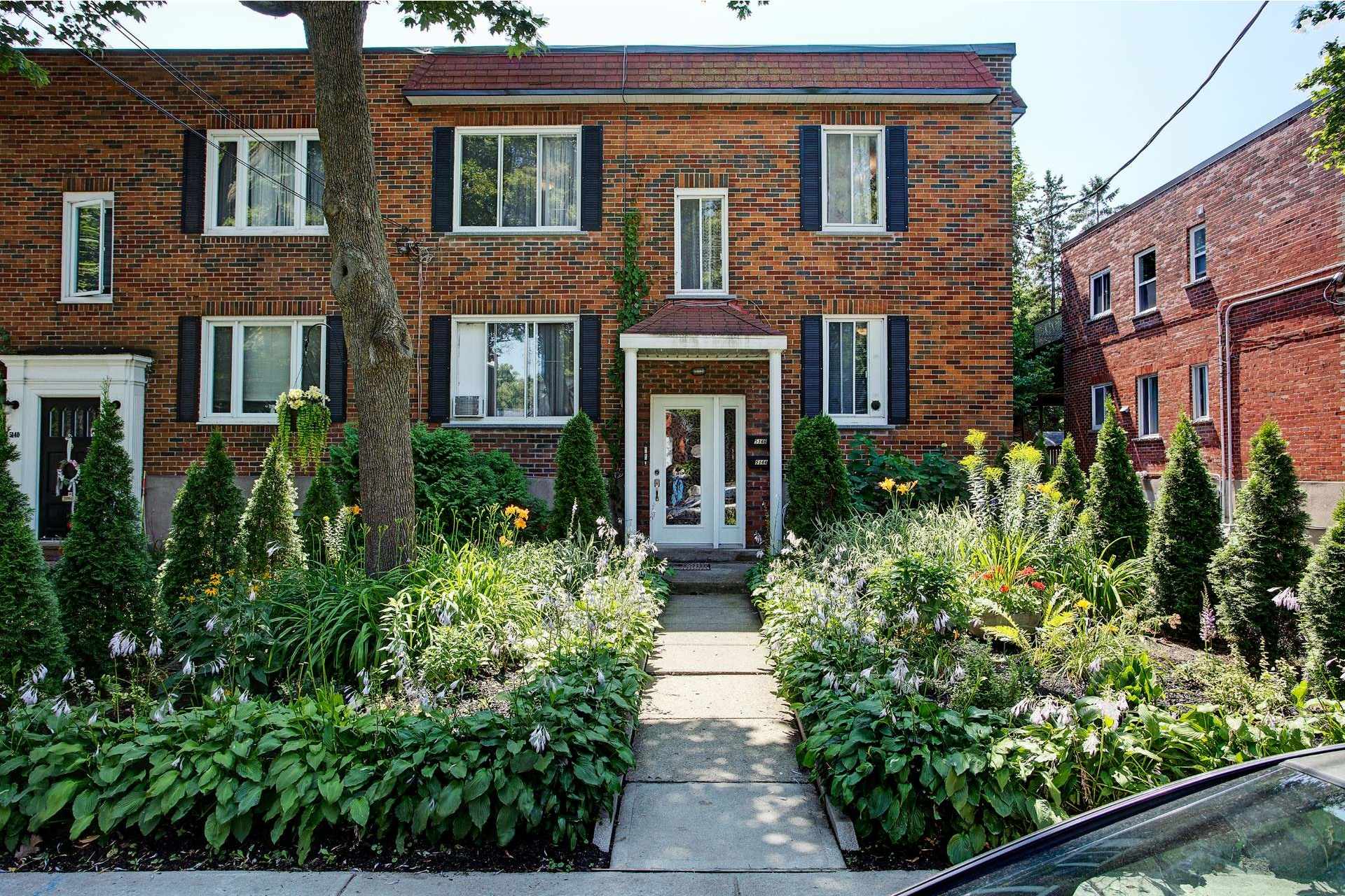 image 0 - Duplex En venta Montréal Côte-des-Neiges/Notre-Dame-de-Grâce  - 5 habitaciones