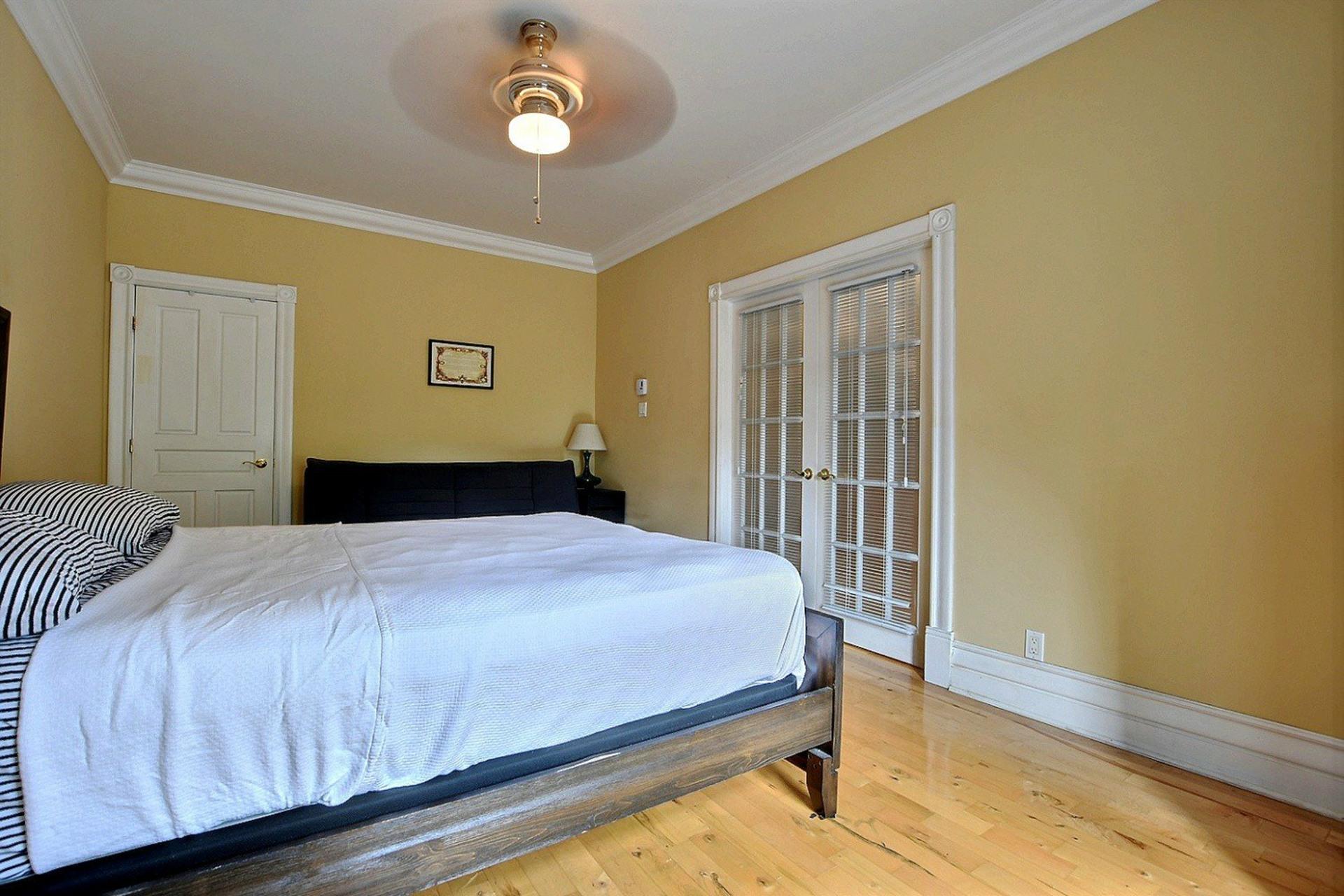 image 11 - Apartment For sale Montréal Le Plateau-Mont-Royal  - 5 rooms