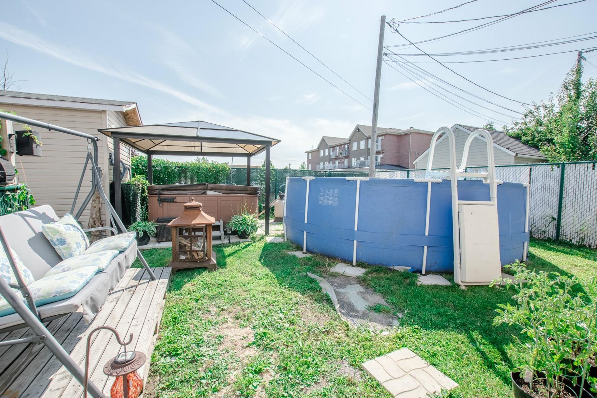 image 17 - Maison À vendre Sainte-Catherine - 8 pièces