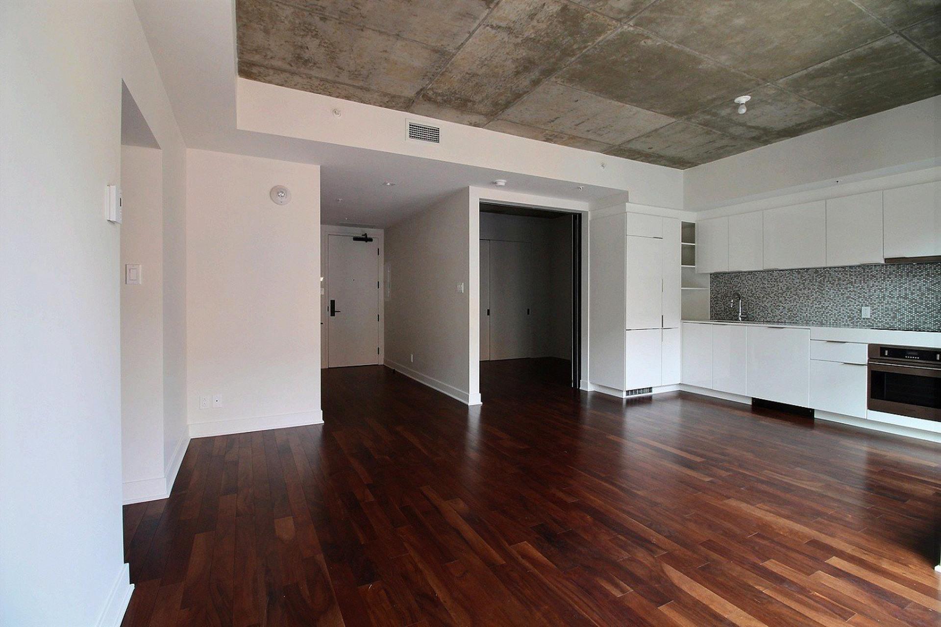 image 8 - Apartment For rent Montréal Le Sud-Ouest  - 5 rooms